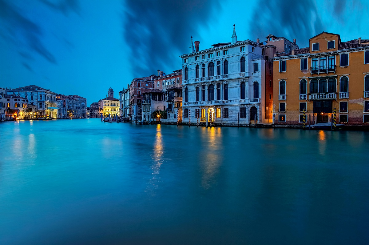 The blue hour on the Grand Canal...