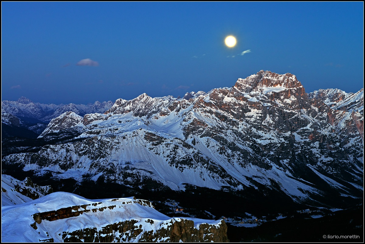 The moon and the Sorapiss...