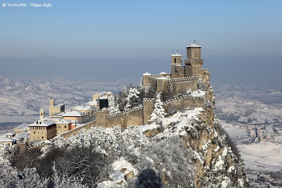 Heavy Snow in San Marino...