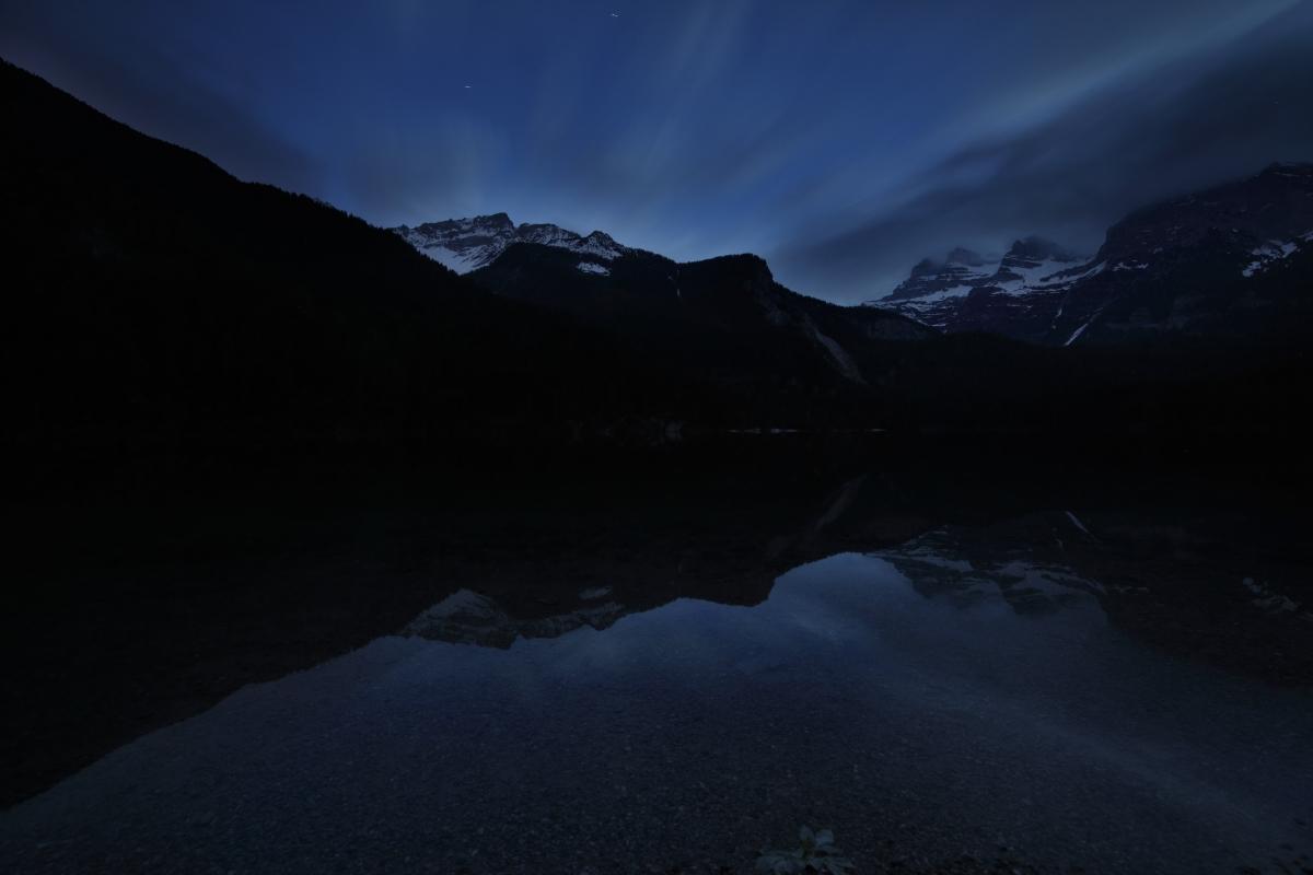 Tovel, night falls ......