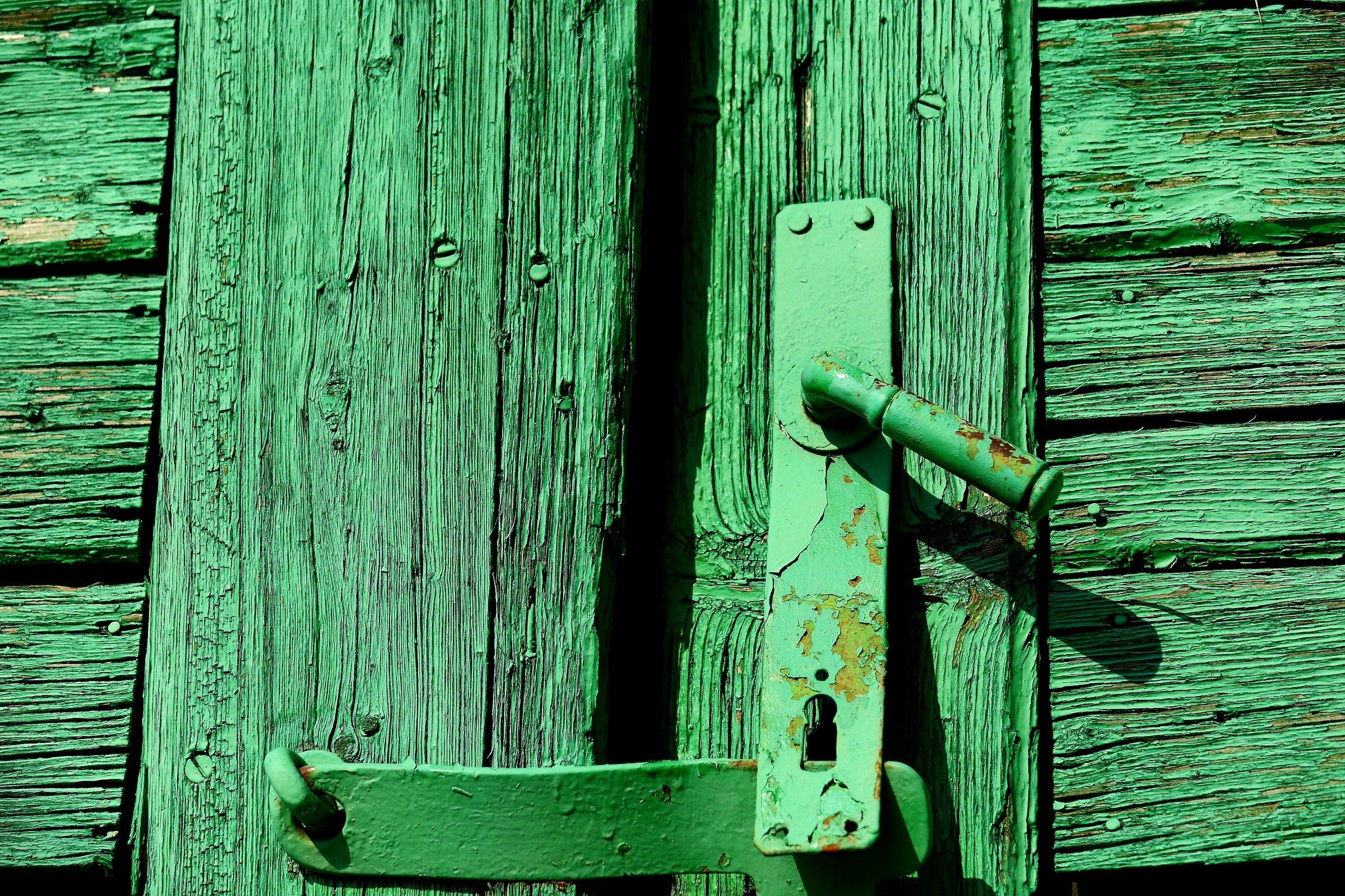 maniglia verde...