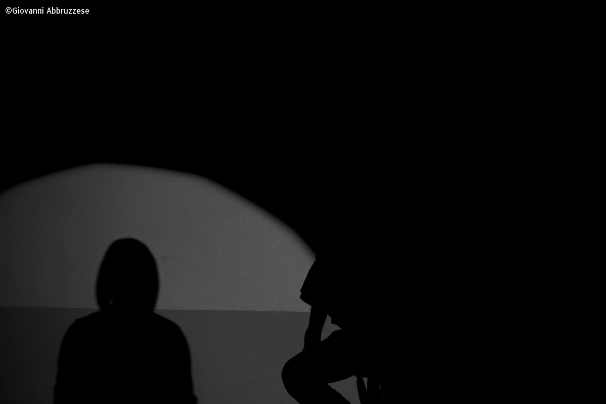 shadow to the horizon...