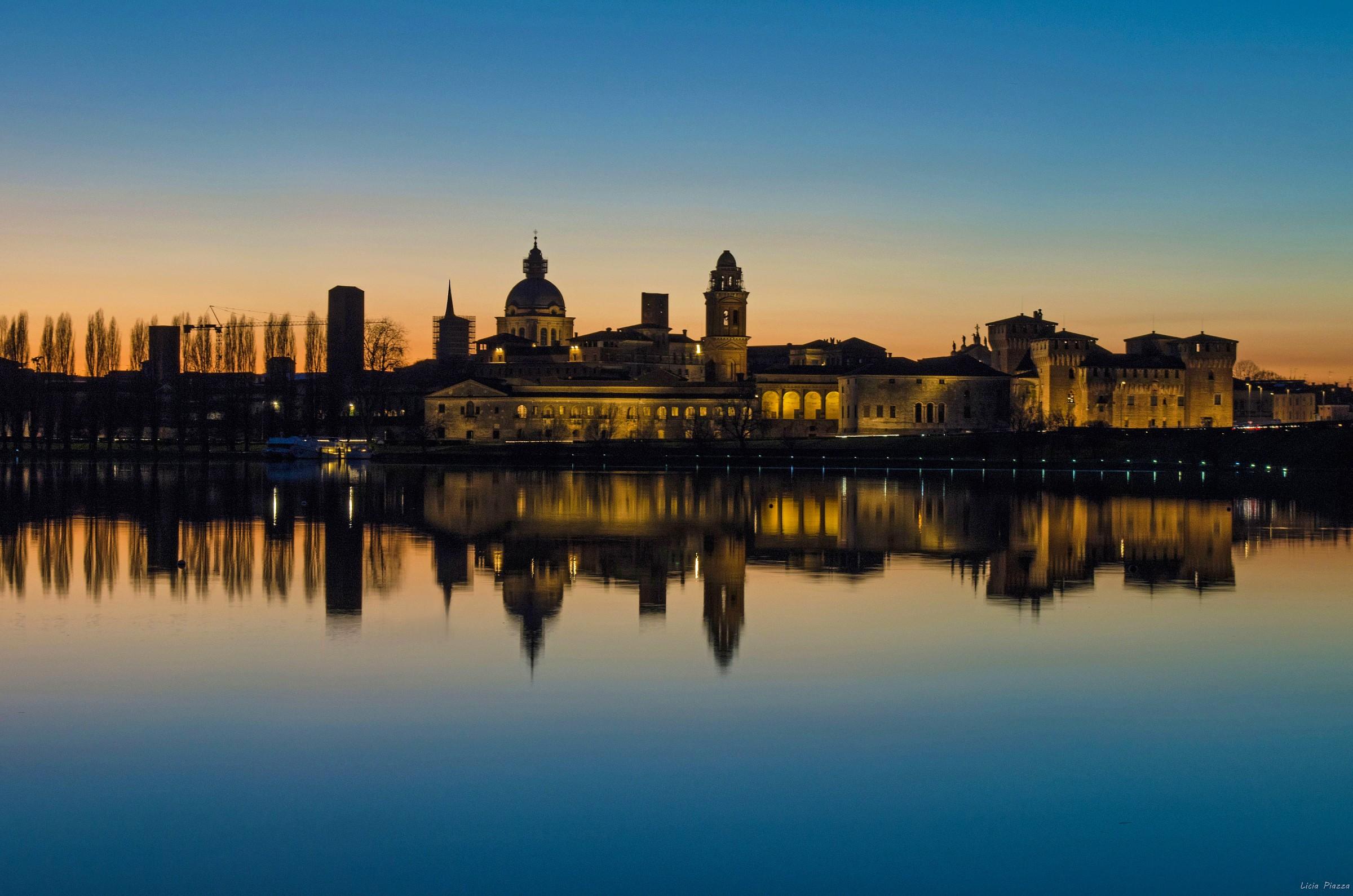 The blue hour ... Mantova...