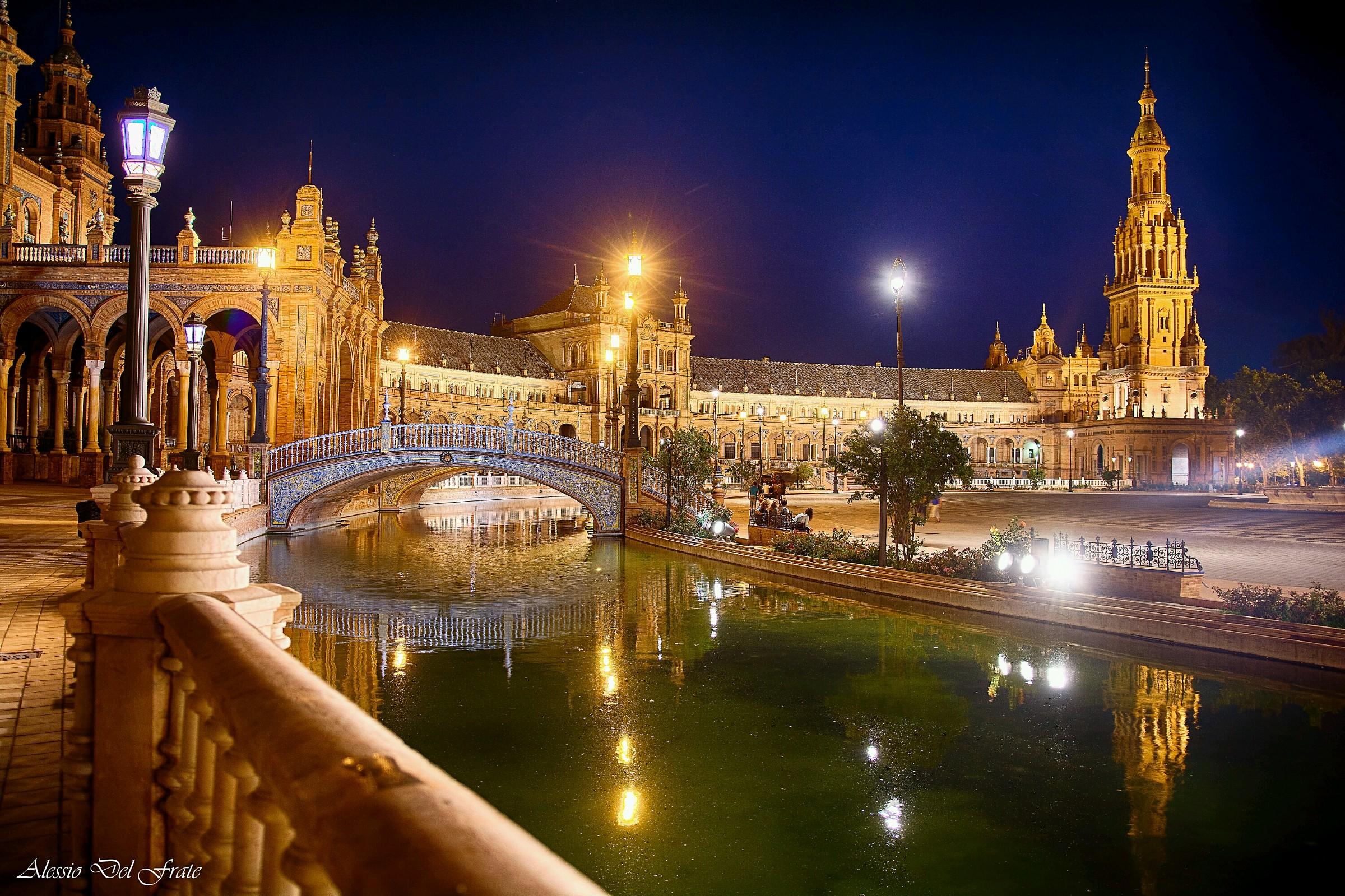 Piazza di Spagna e i suoi riflessi...