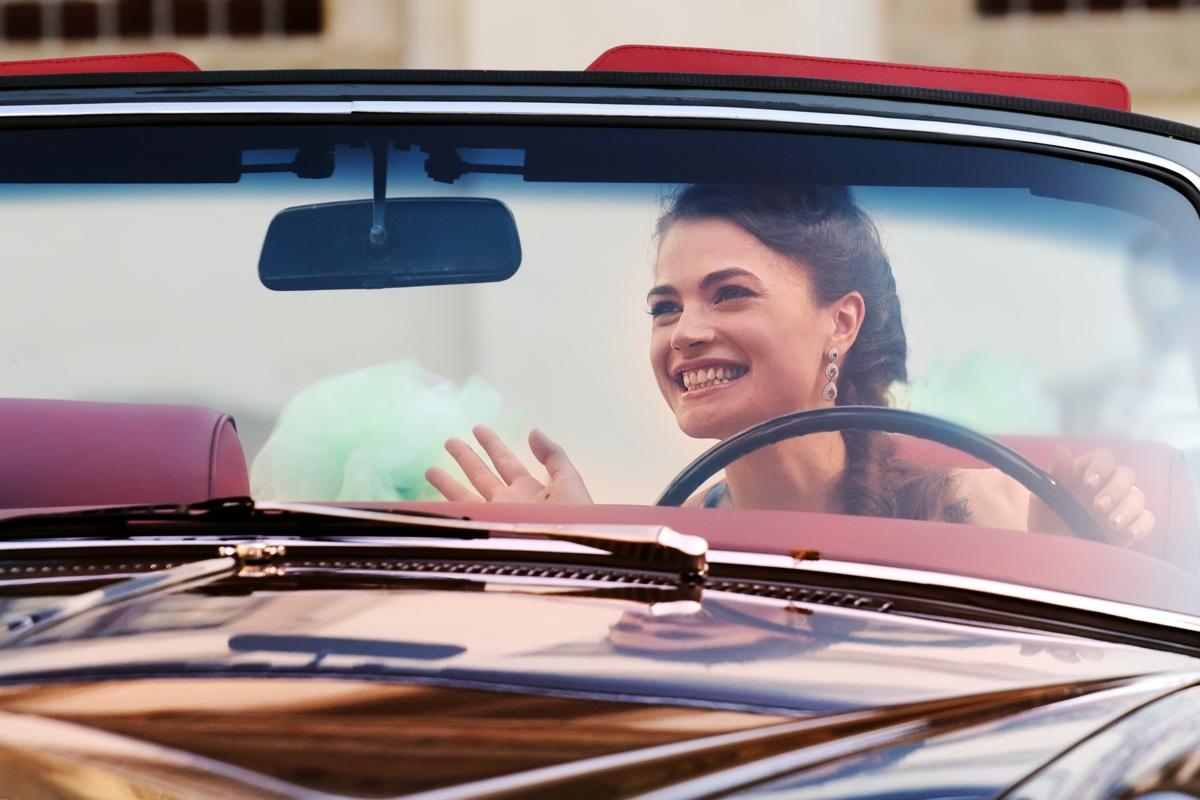 Su una Rolls torna il sorriso...