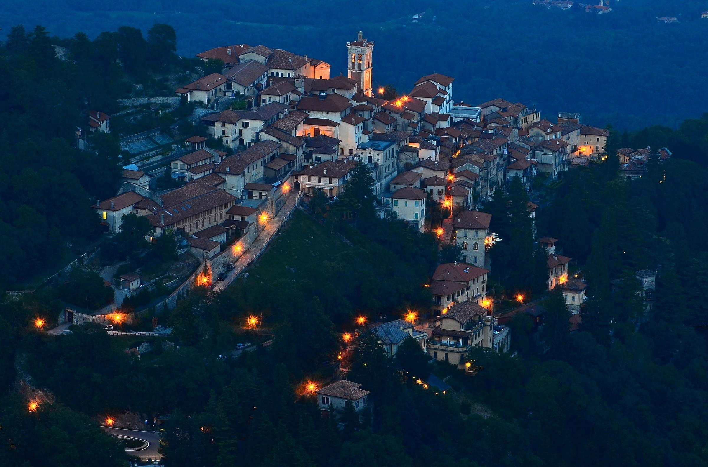 Borgo di Santa Maria del Monte - Fraction of Varese...