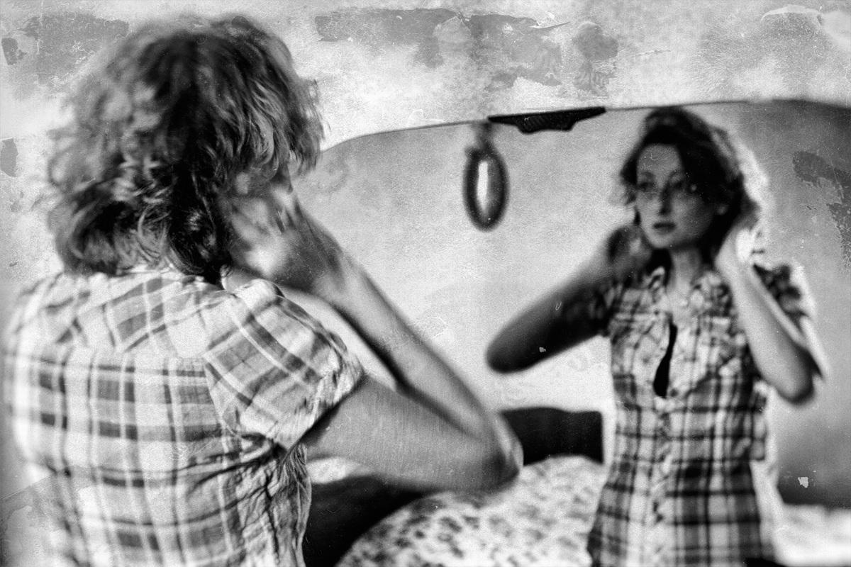 Genoa. The Mirror...