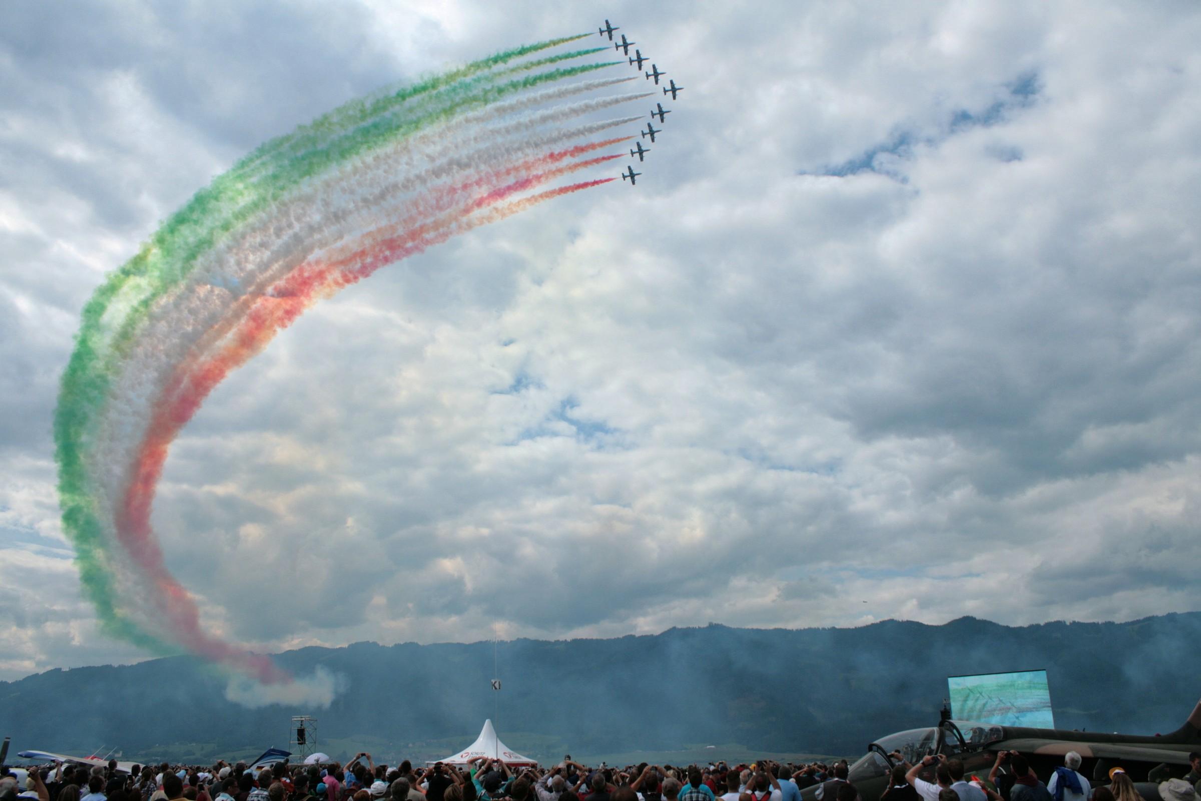 Il Tricolore sui cieli di Zwelteg...