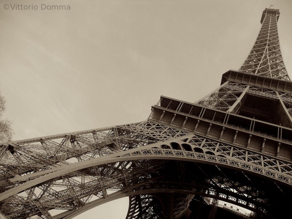 Parigi - Torre Eiffel...