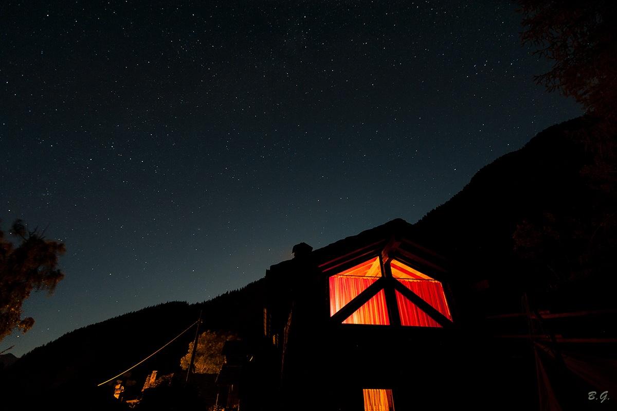 The hut among the stars...