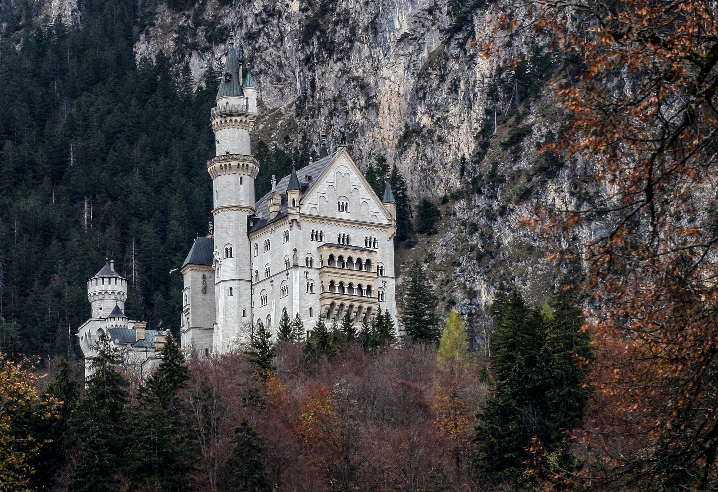 Castle F�ssen (Bavaria)...