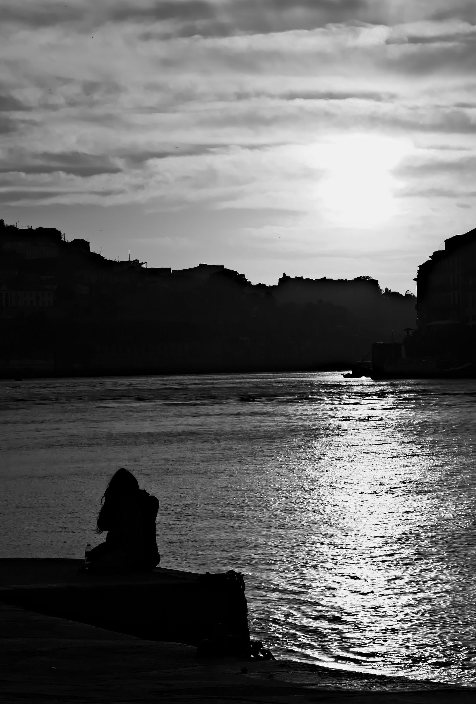 Tramonto a Porto in Solitaria...