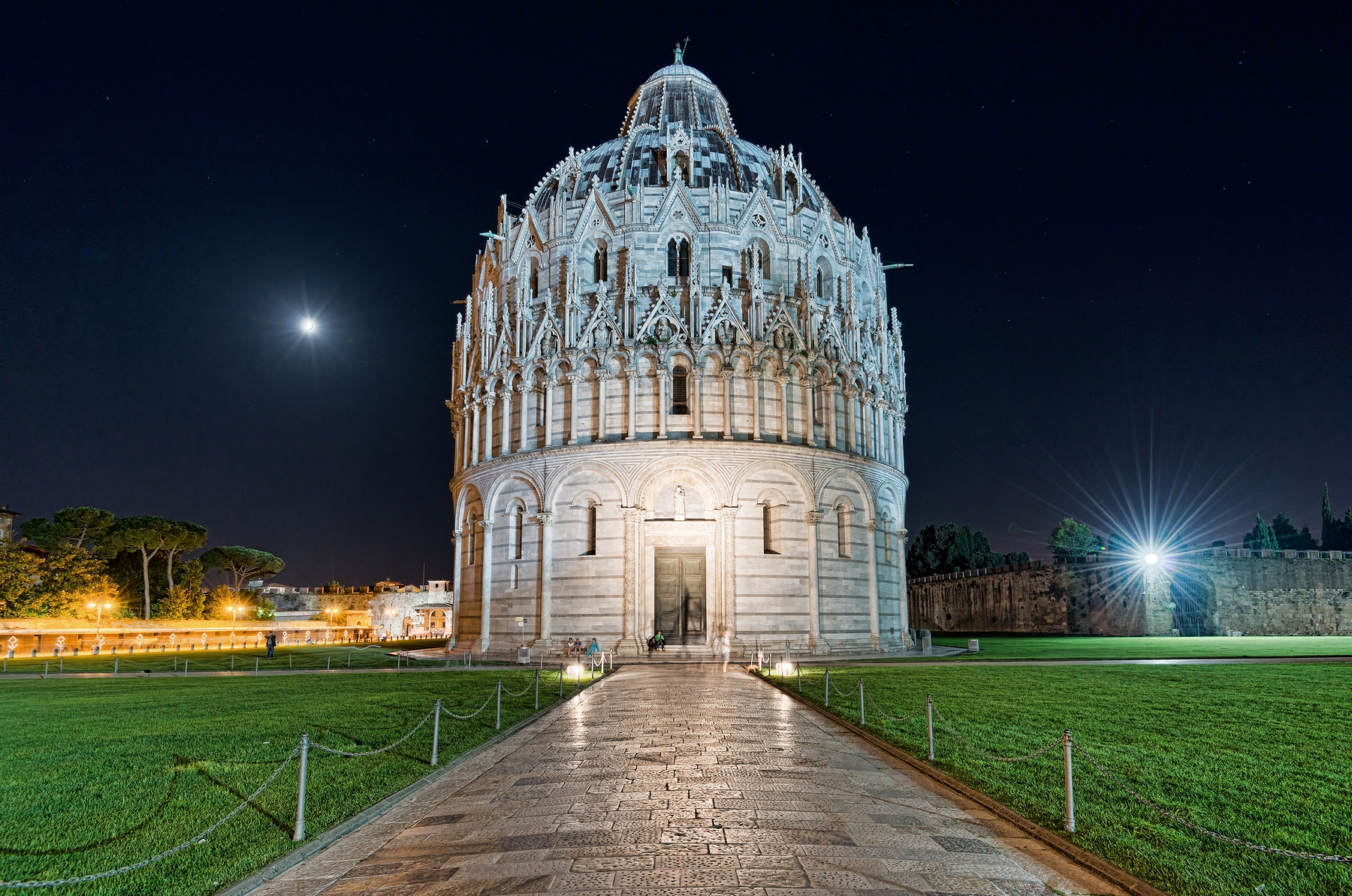 Battistero Pisa by Night...