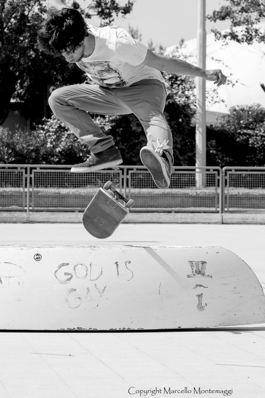 1 skateboarder...