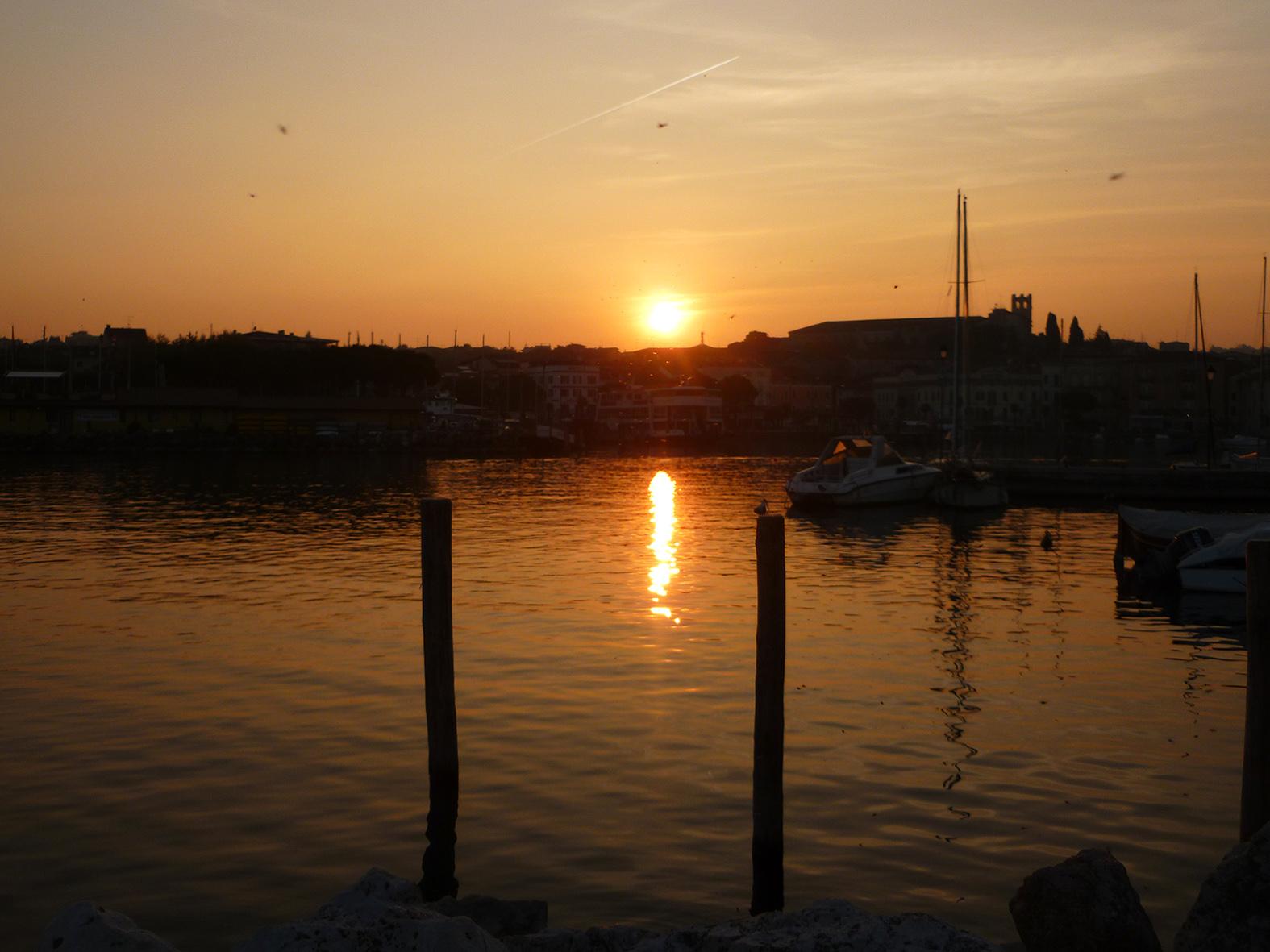 Sunset in Desenzano del Garda (bs)...