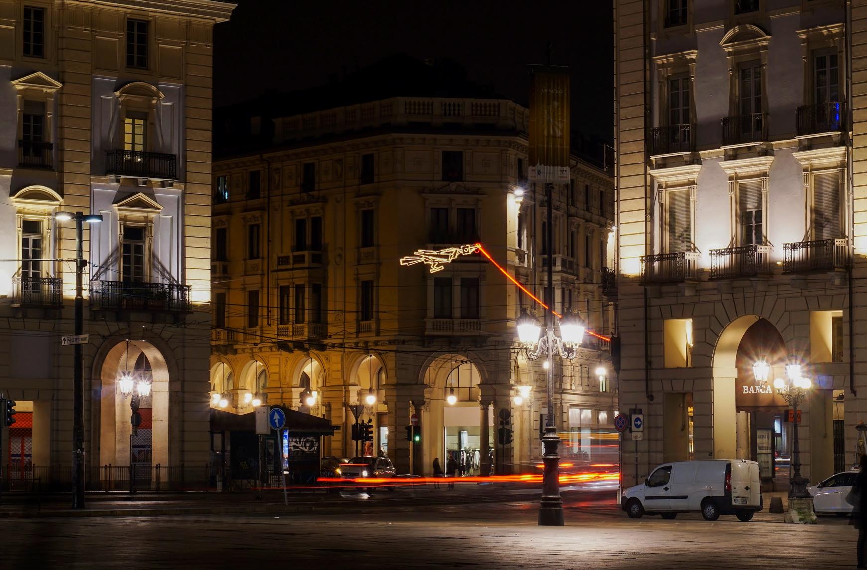 Via Pietro Micca, Piazza Castello...