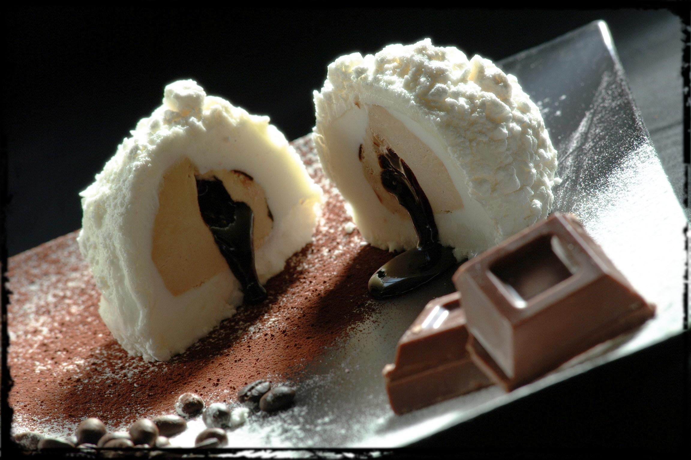 tartufo meringato al cioccolato e caffè...