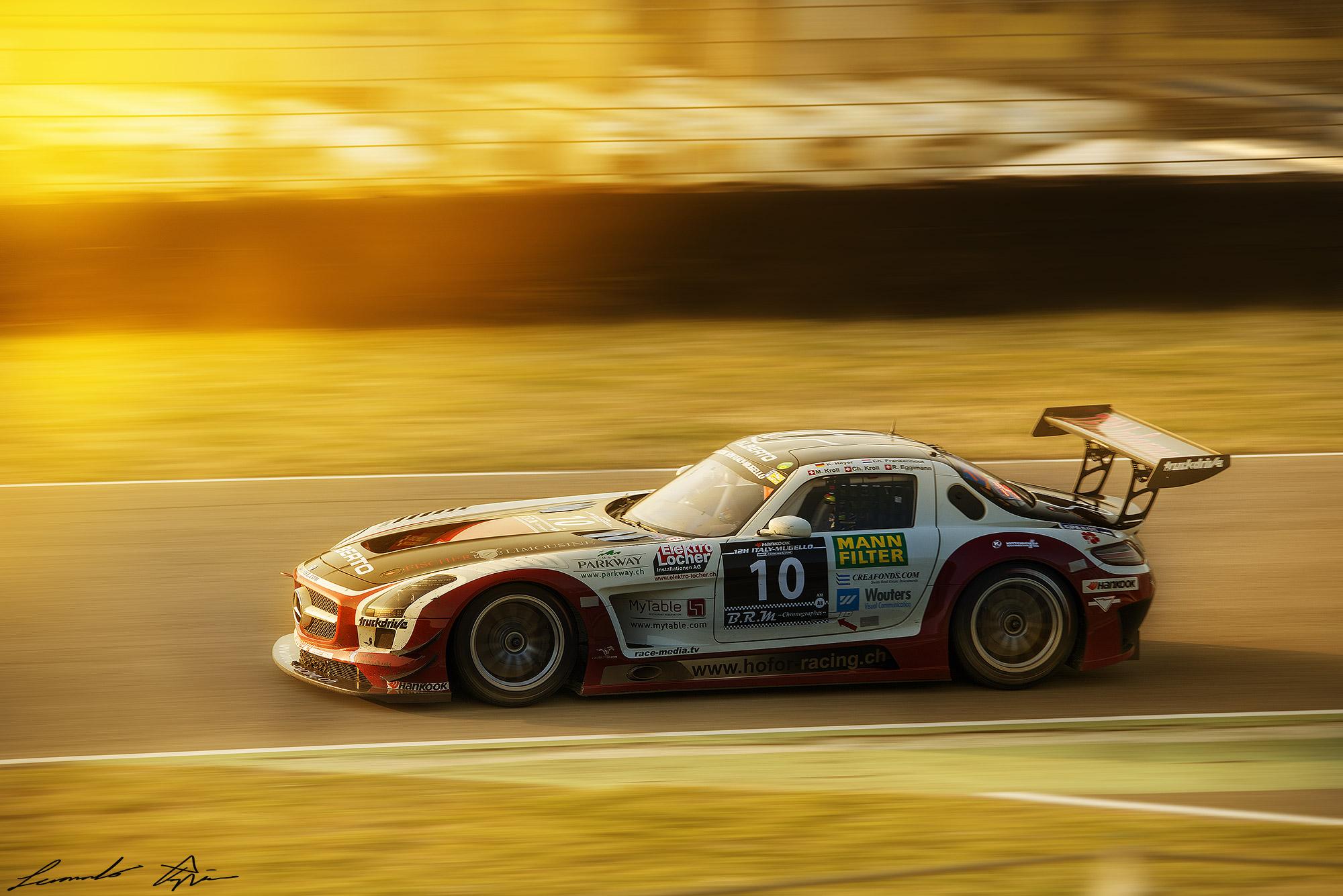 Mercedes SLS GT3 # 10...