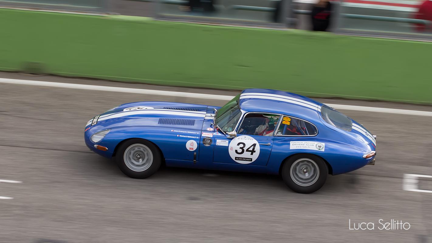 Jaguar E Type...