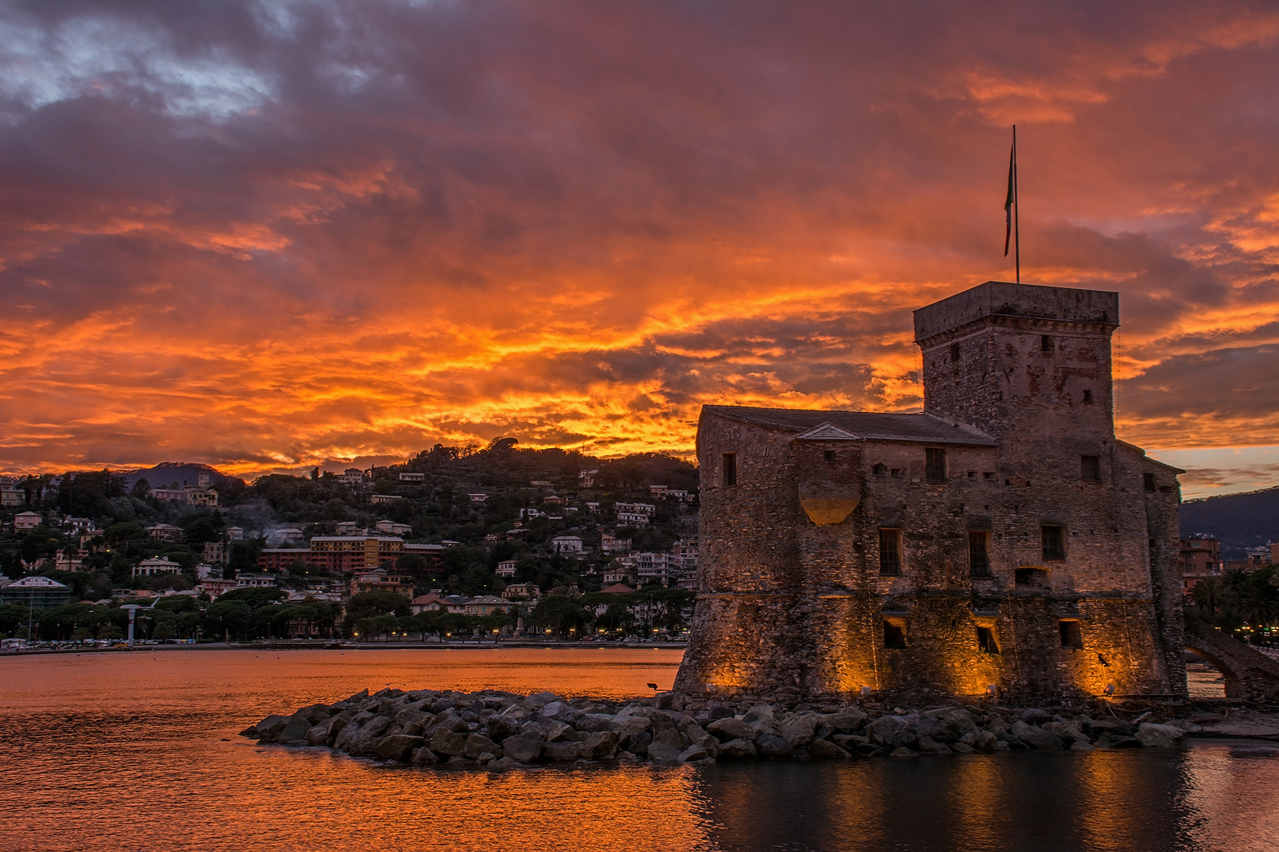 Fiery sunset in Rapallo...