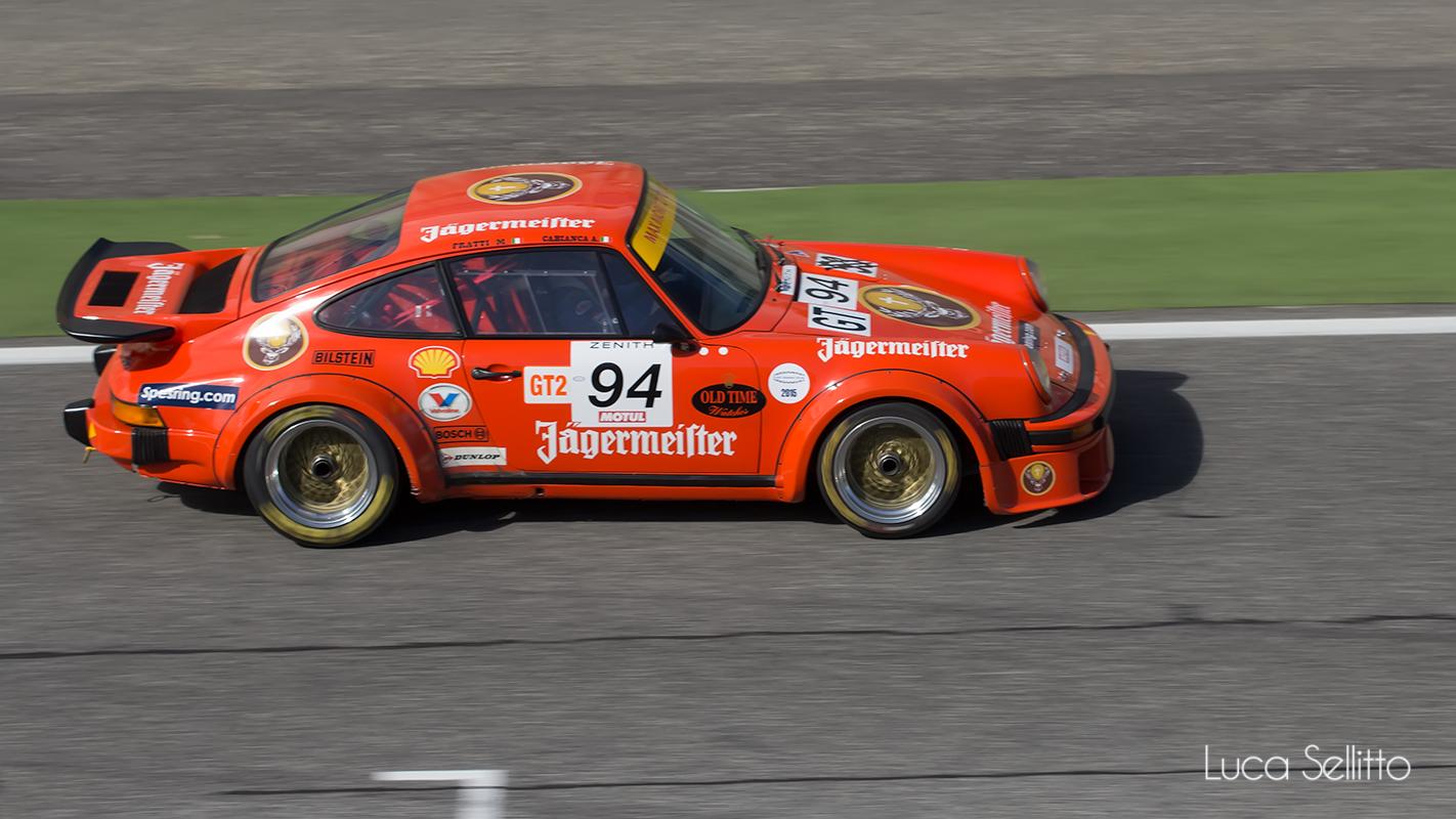 Porsche 934...