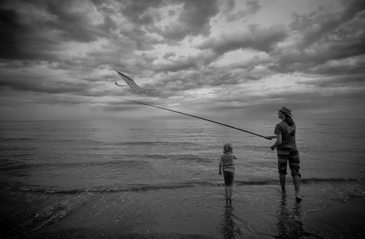 The fisherman of kites...