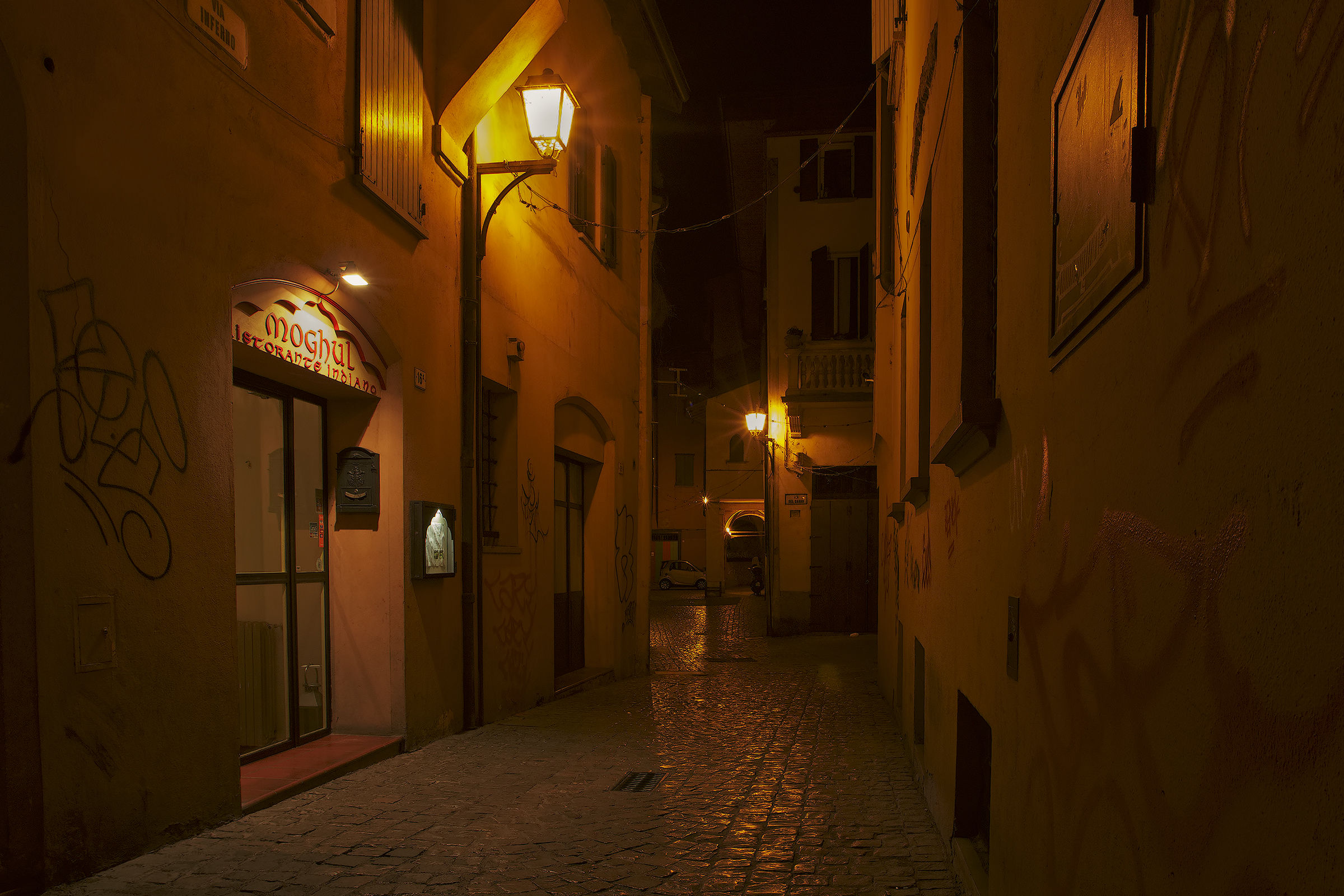 Jewish Quarter at night...