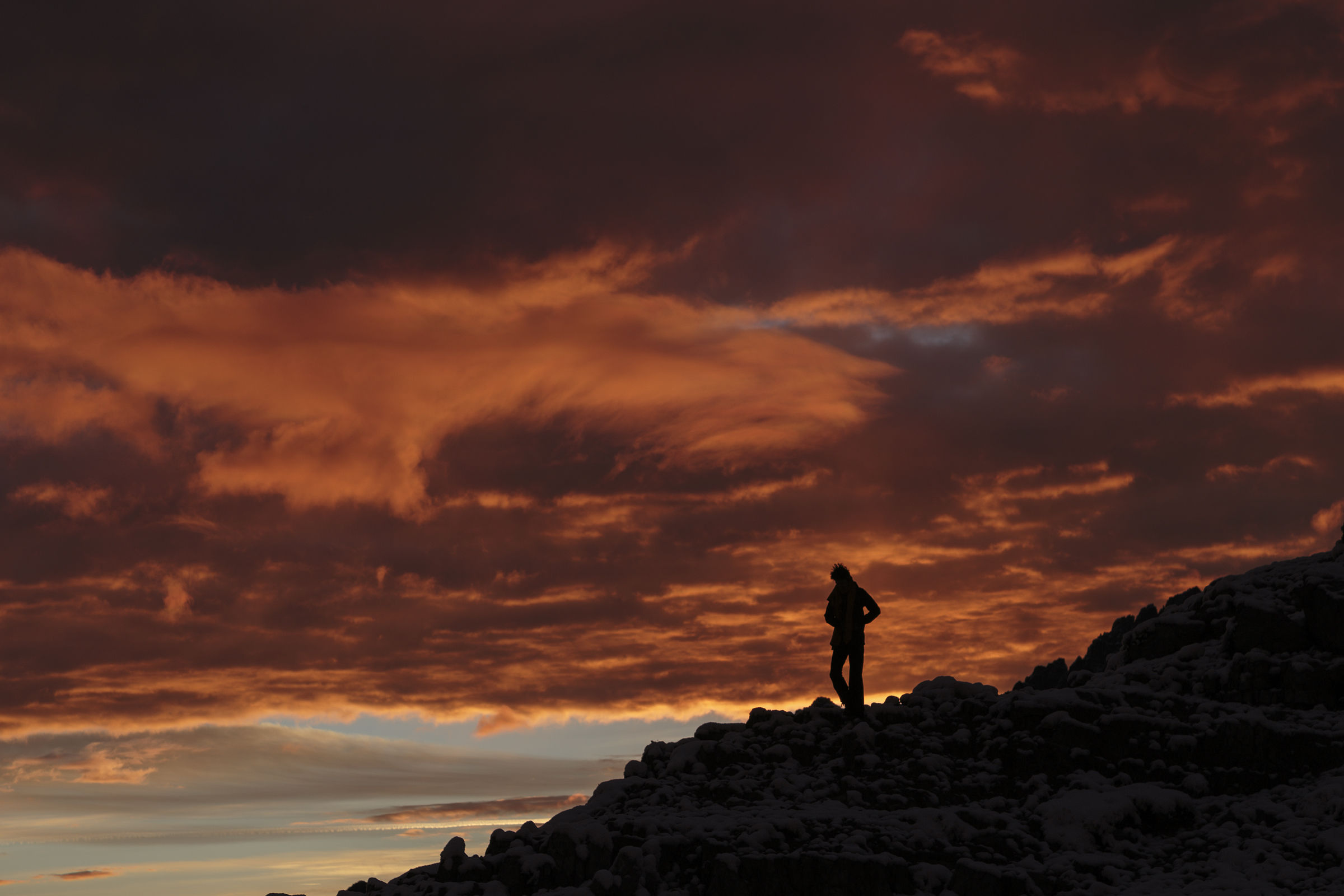 Photographing a sunrise from Locatelli...