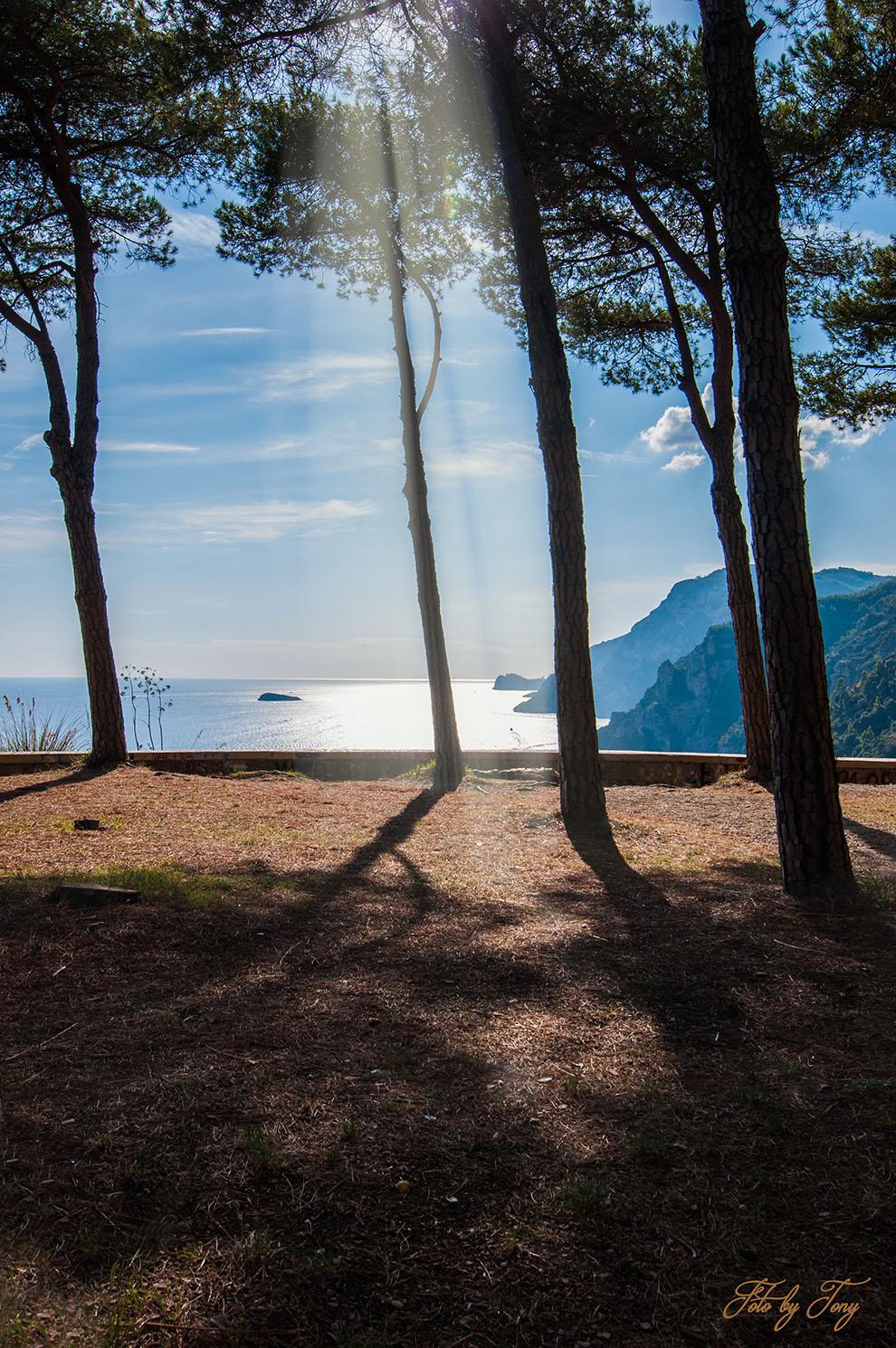 glimpse Amalfi Coast...