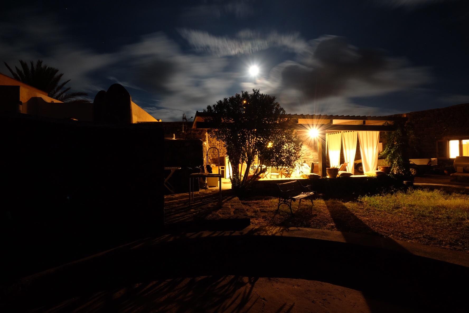 La magia del dammuso di notte...
