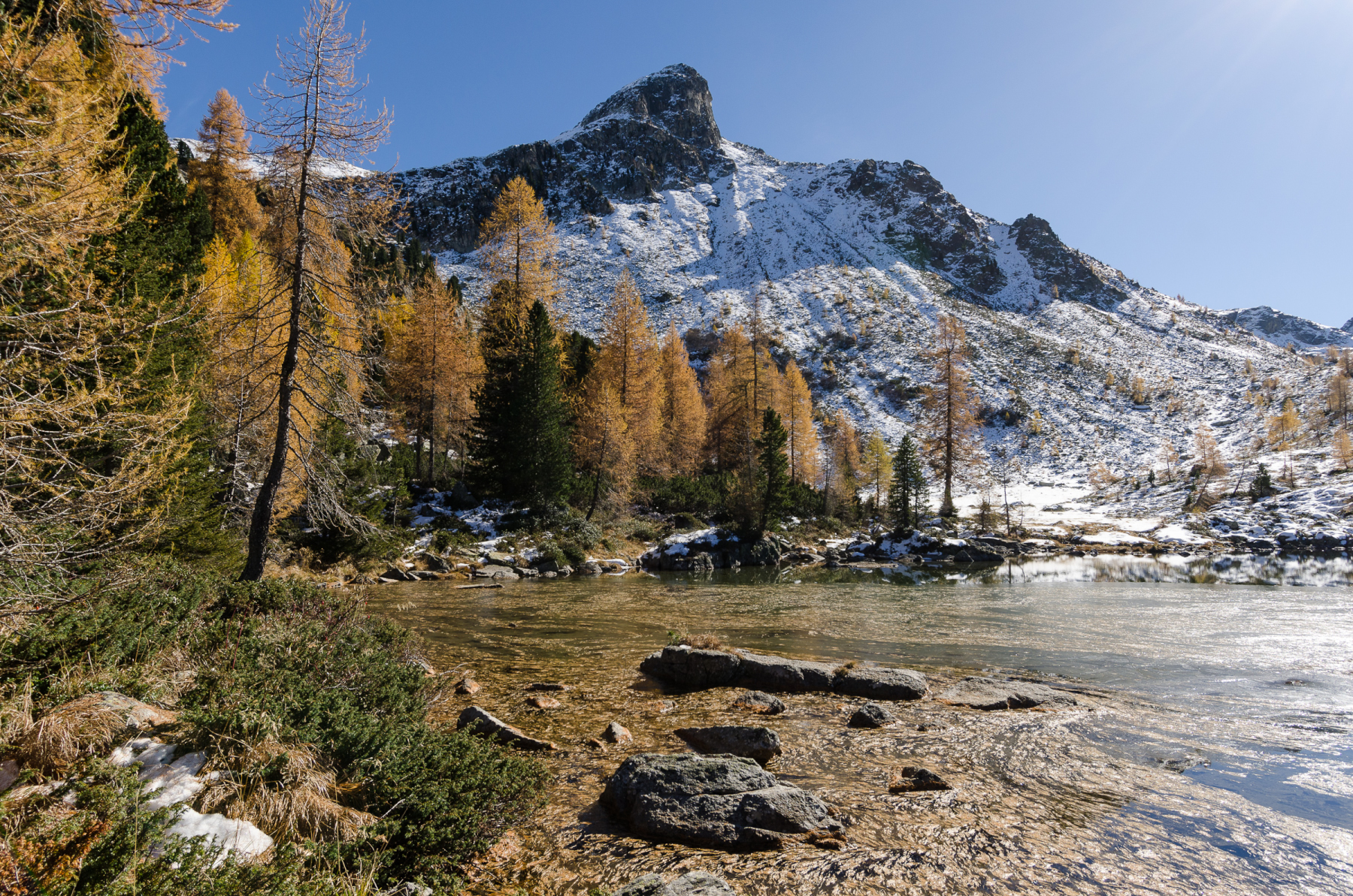 Cengello lake, between autumn and winter...