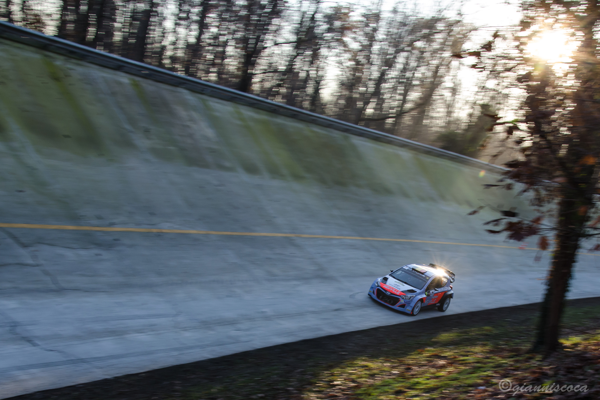 Thierry Neuville...
