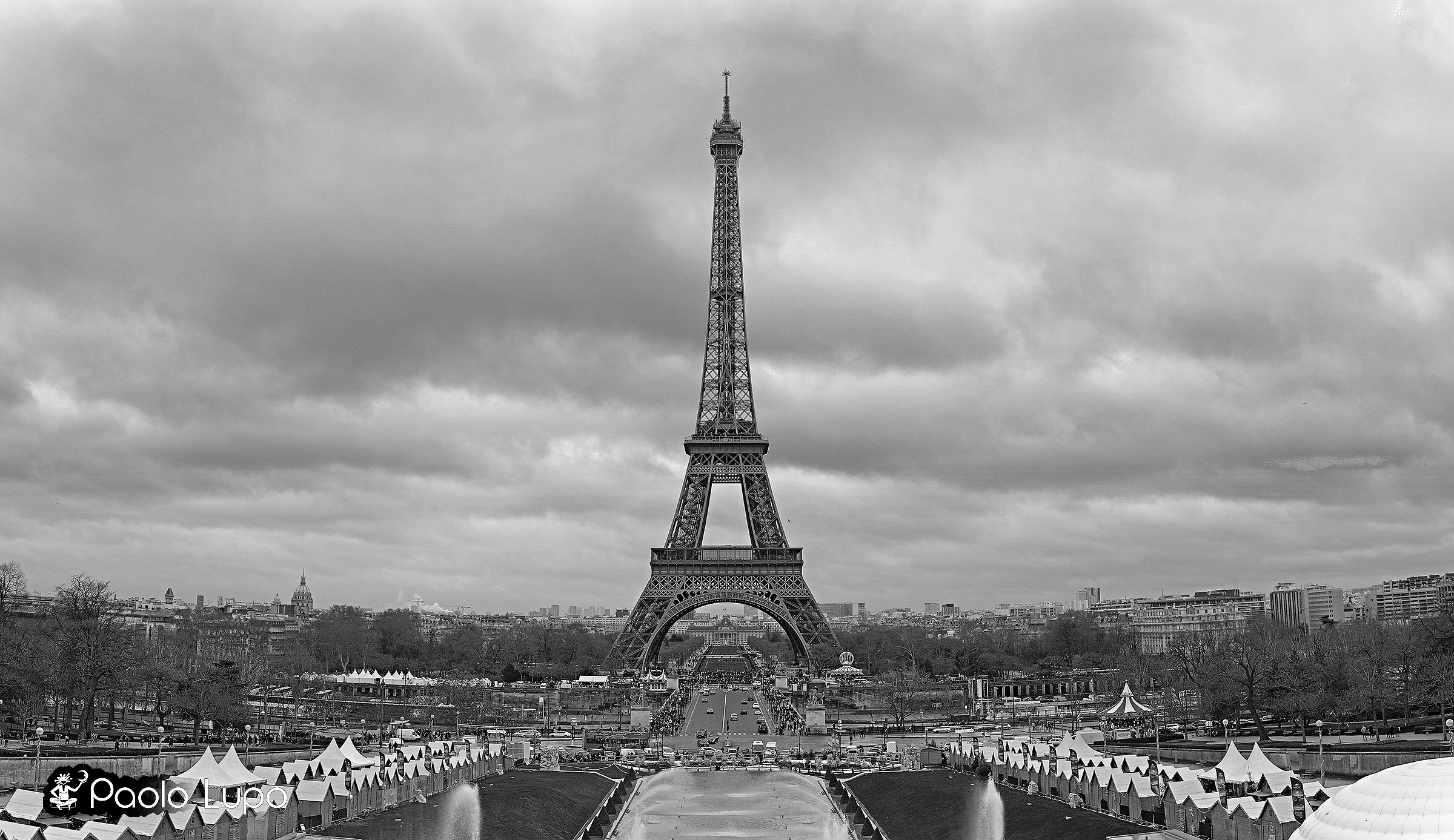 Parigi tour eiffel visuale da trocadero juzaphoto for Foto hd bianco e nero