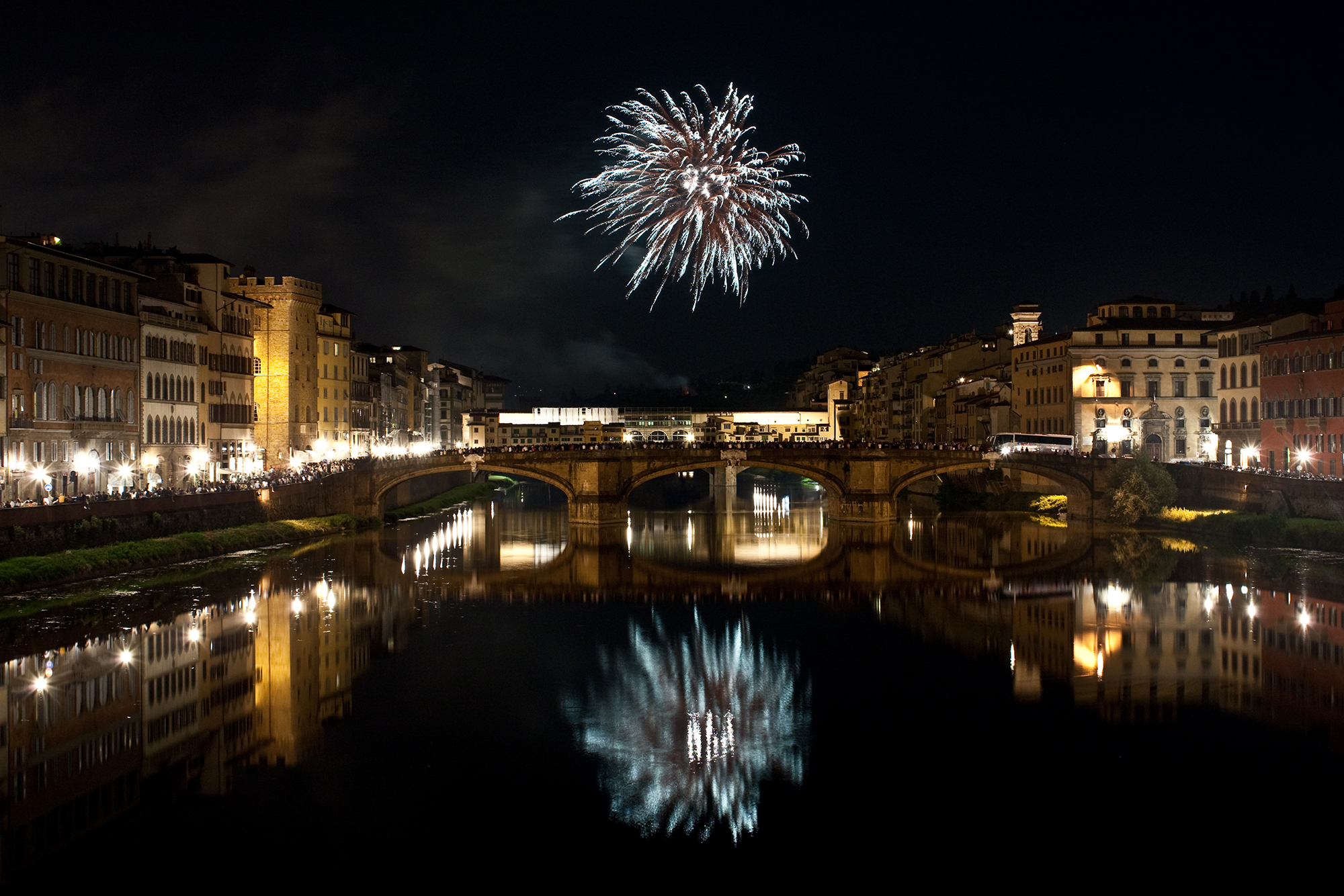 Fuochi per san Giovanni a Firenze...