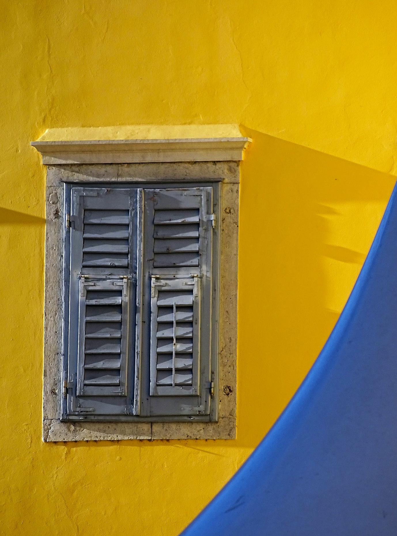 .... finestre del centro storico di Gorizia...