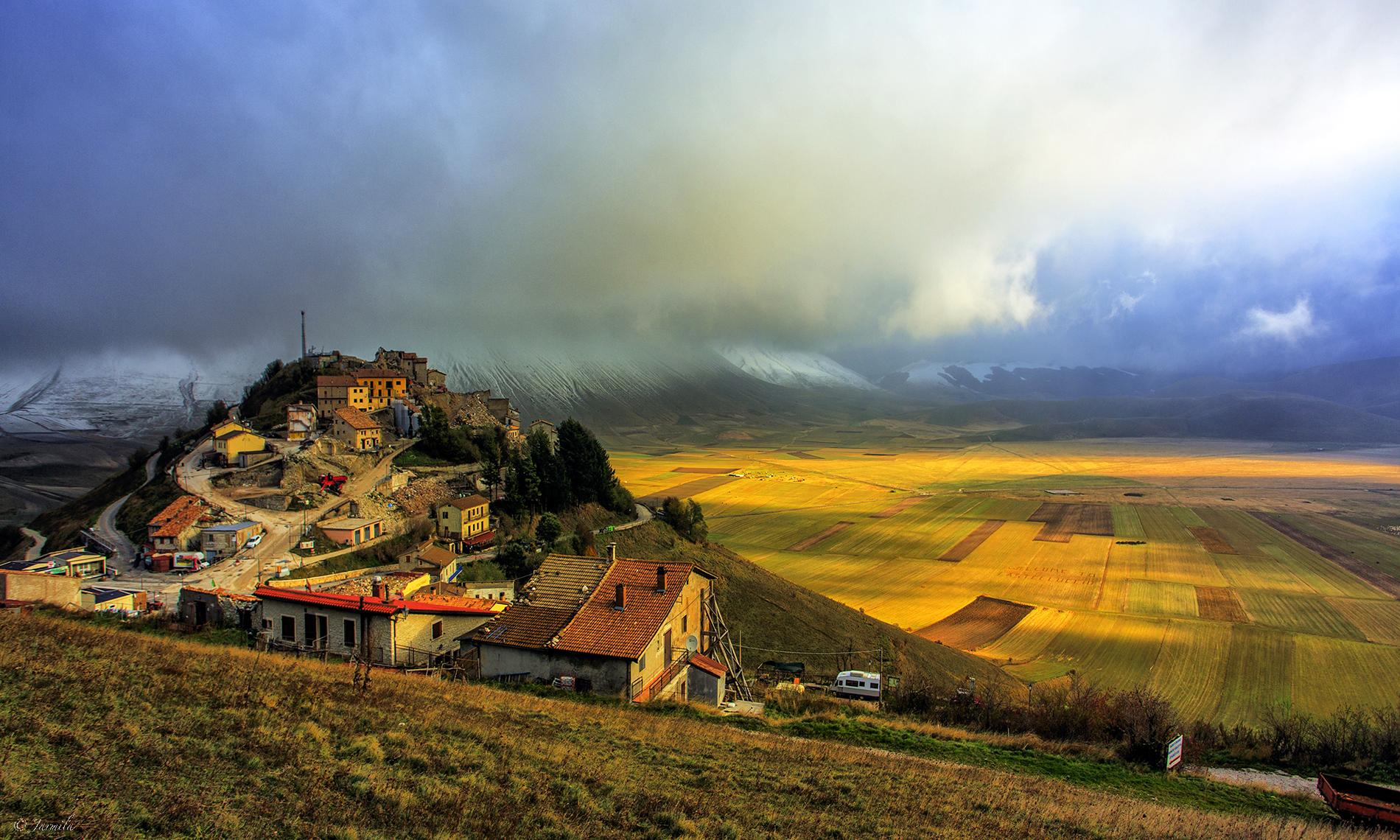 Season change in Castelluccio di Norcia...