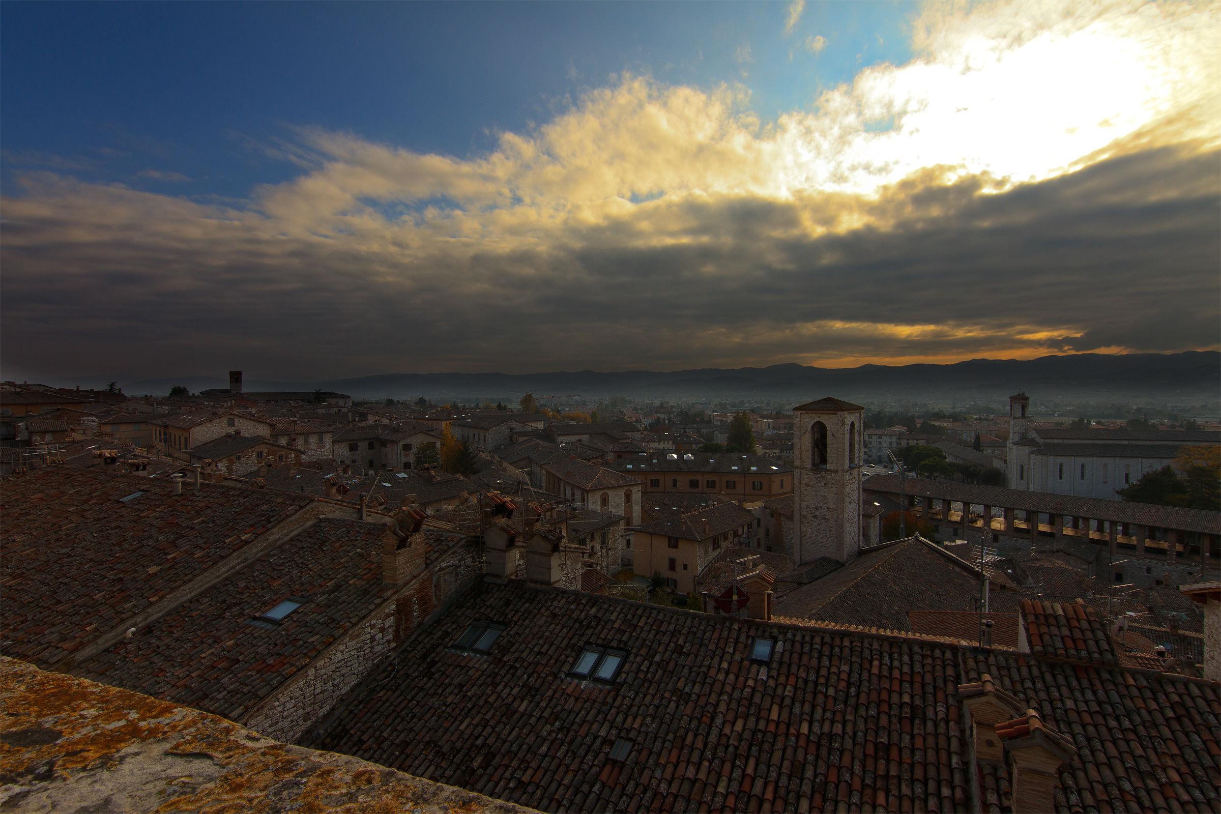 Davanti a Gubbio...