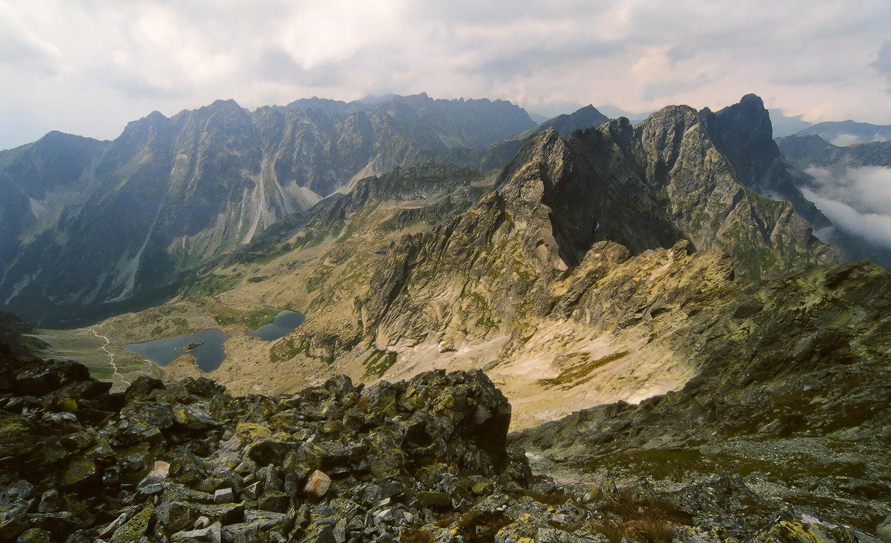 The view from Rysy towards Mengushovetska gran...