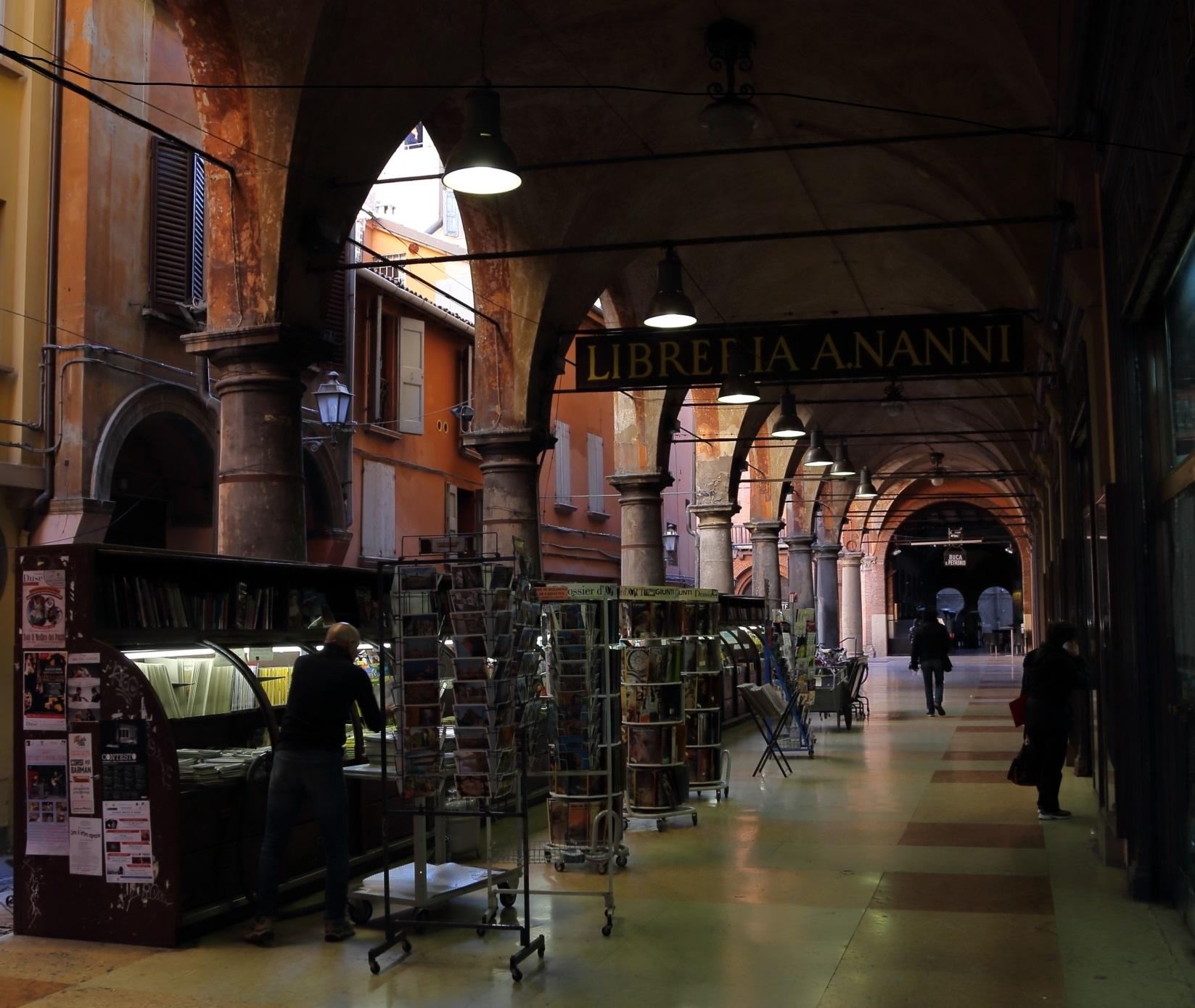 Bologna: Portico della Morte....