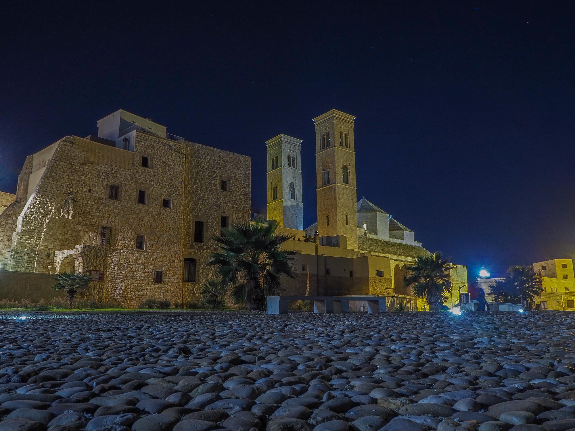 Duomo Vecchio.....insolita prospettiva...