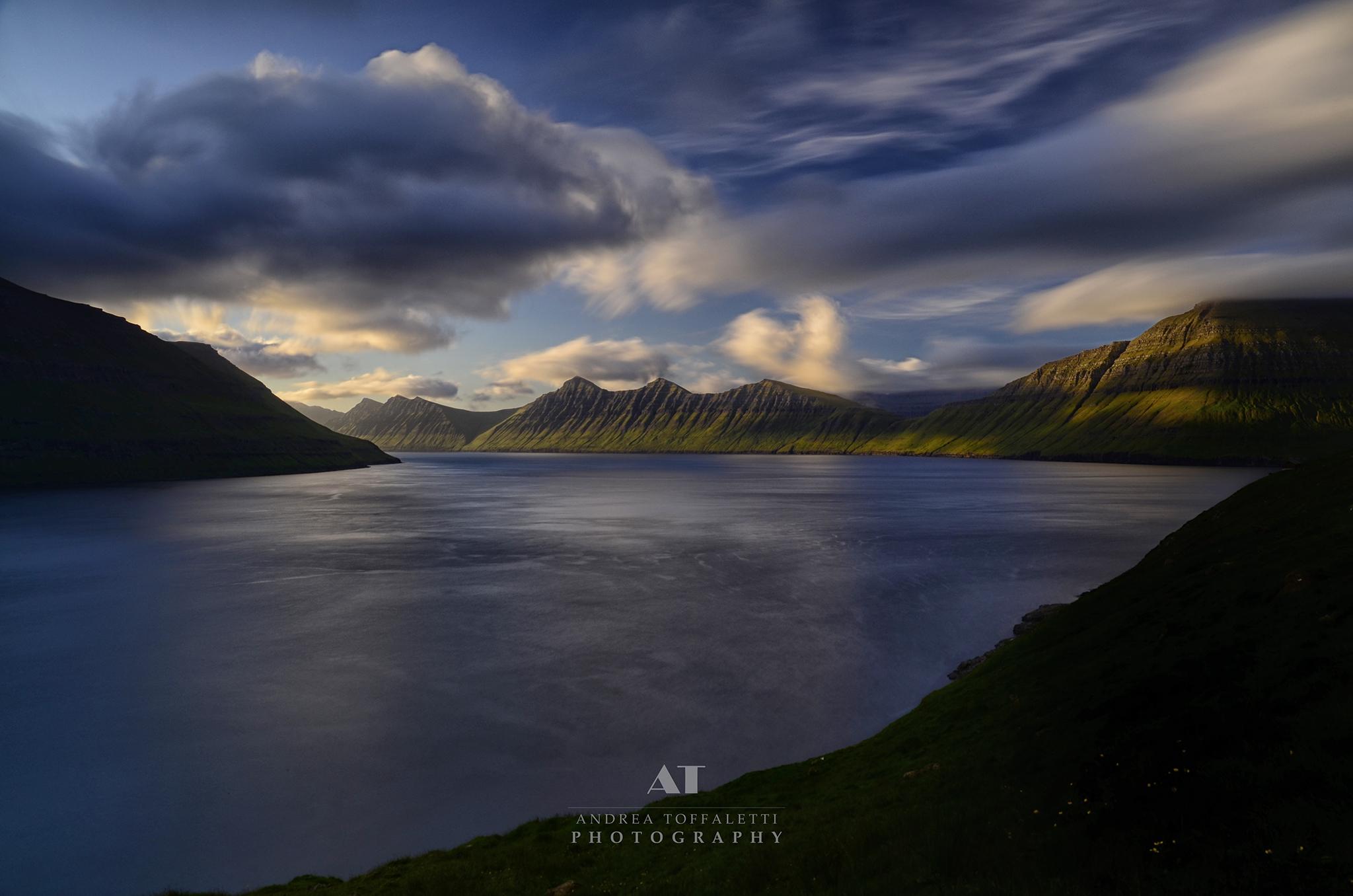 Isole Fær Øer, luci crepuscolari...