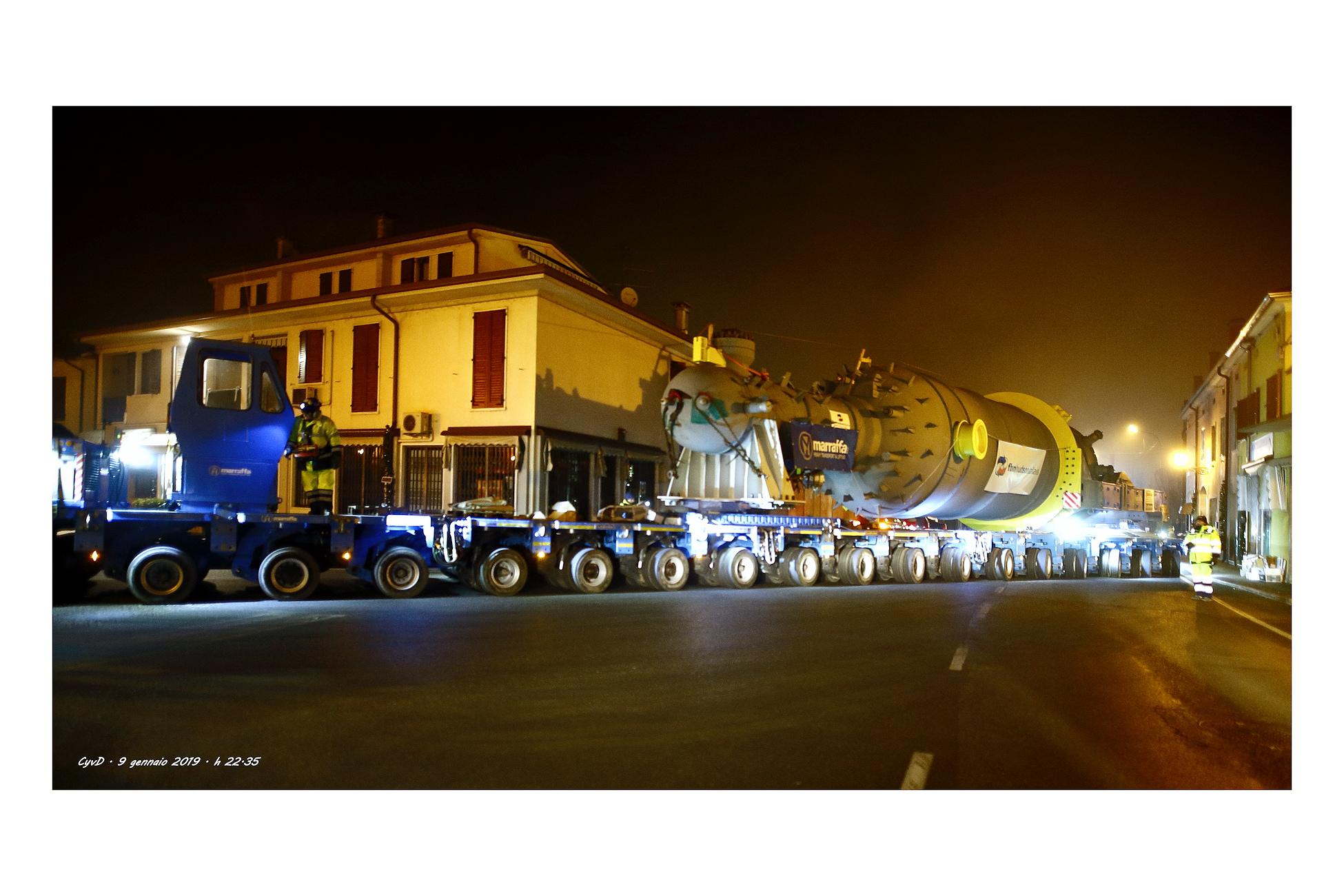Maxi trasporto ecc. in transito a Gazoldo.Ippoliti MN...