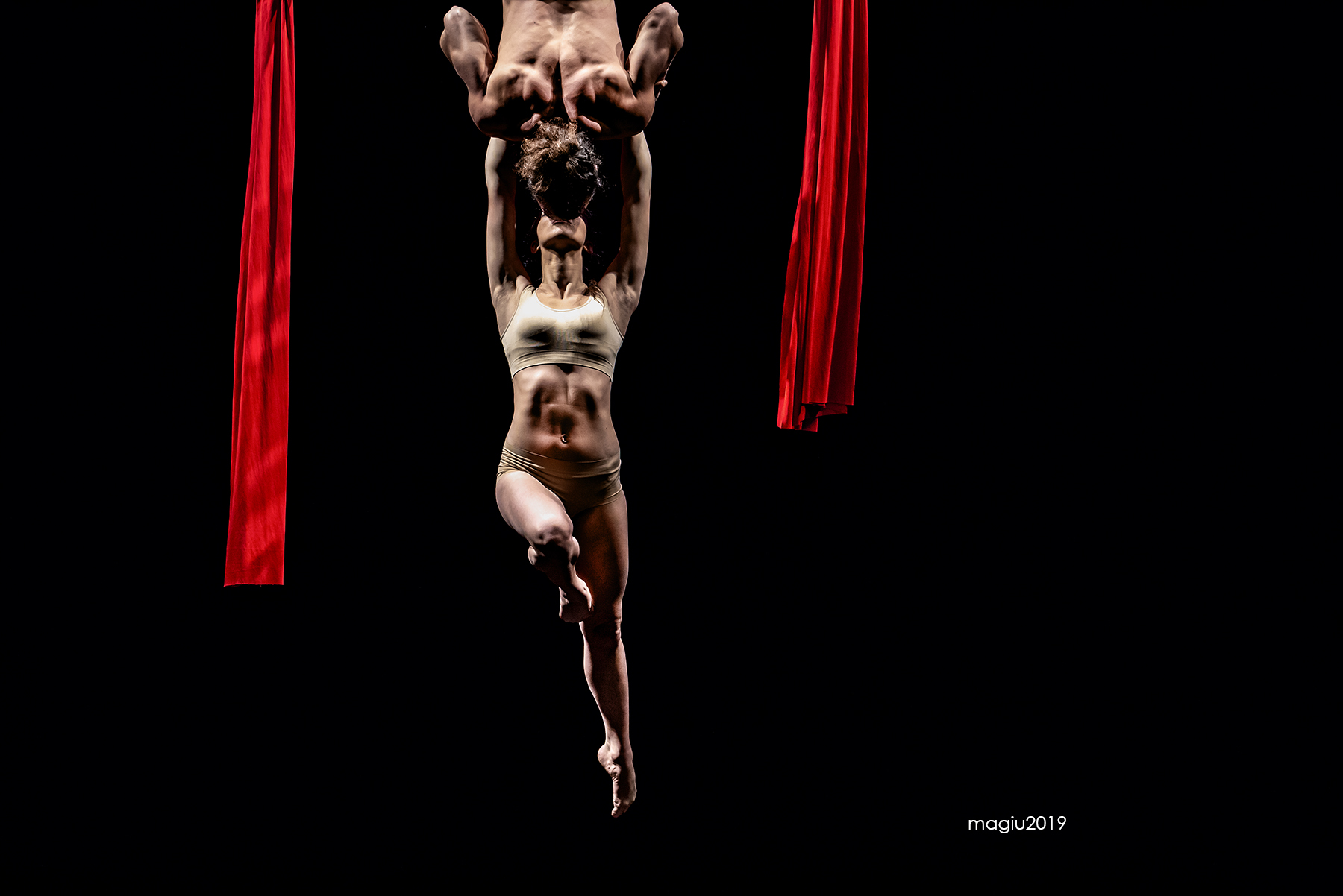 Danza Aerea - The Kiss...