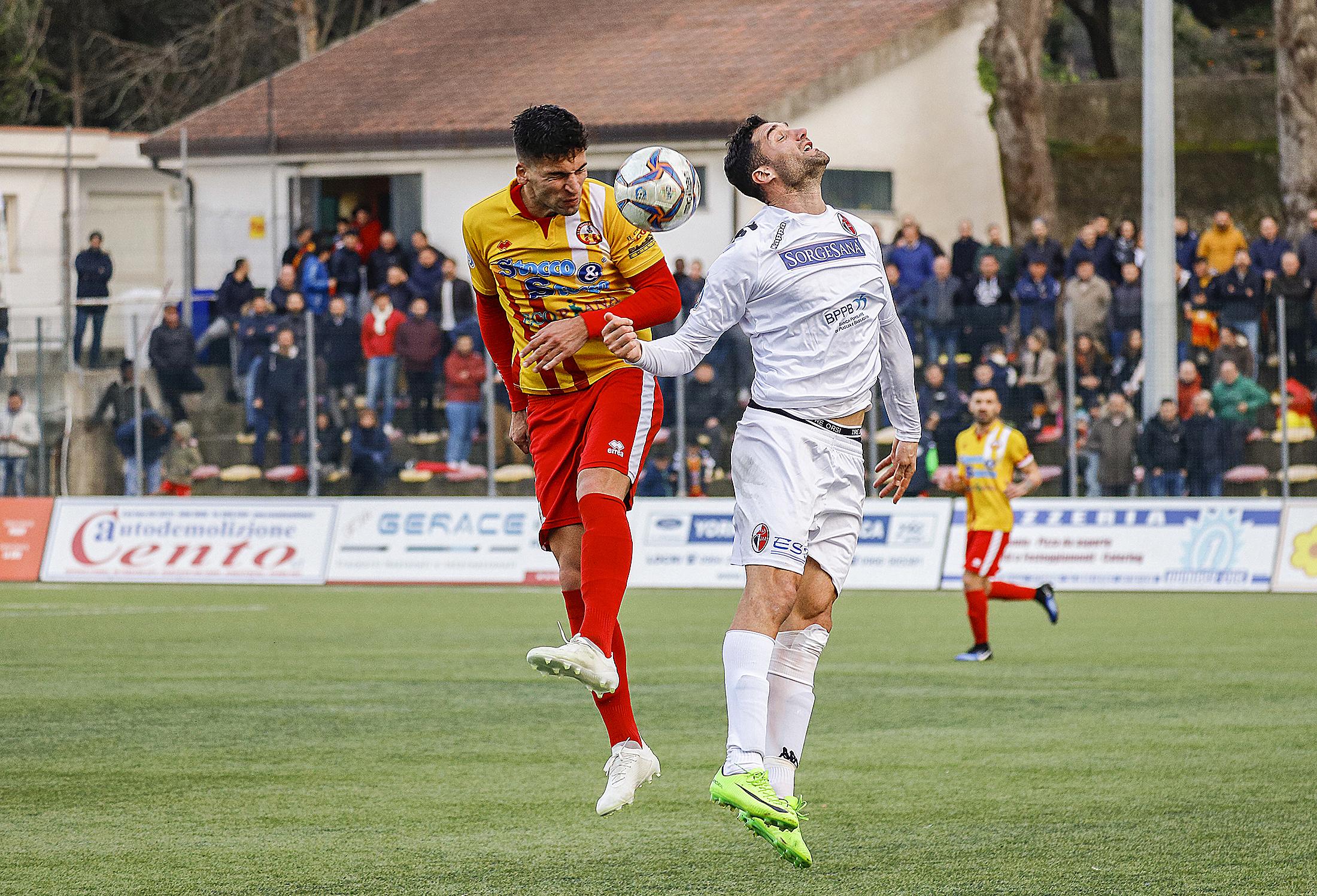 Cittanovese-Bari: 3-2...