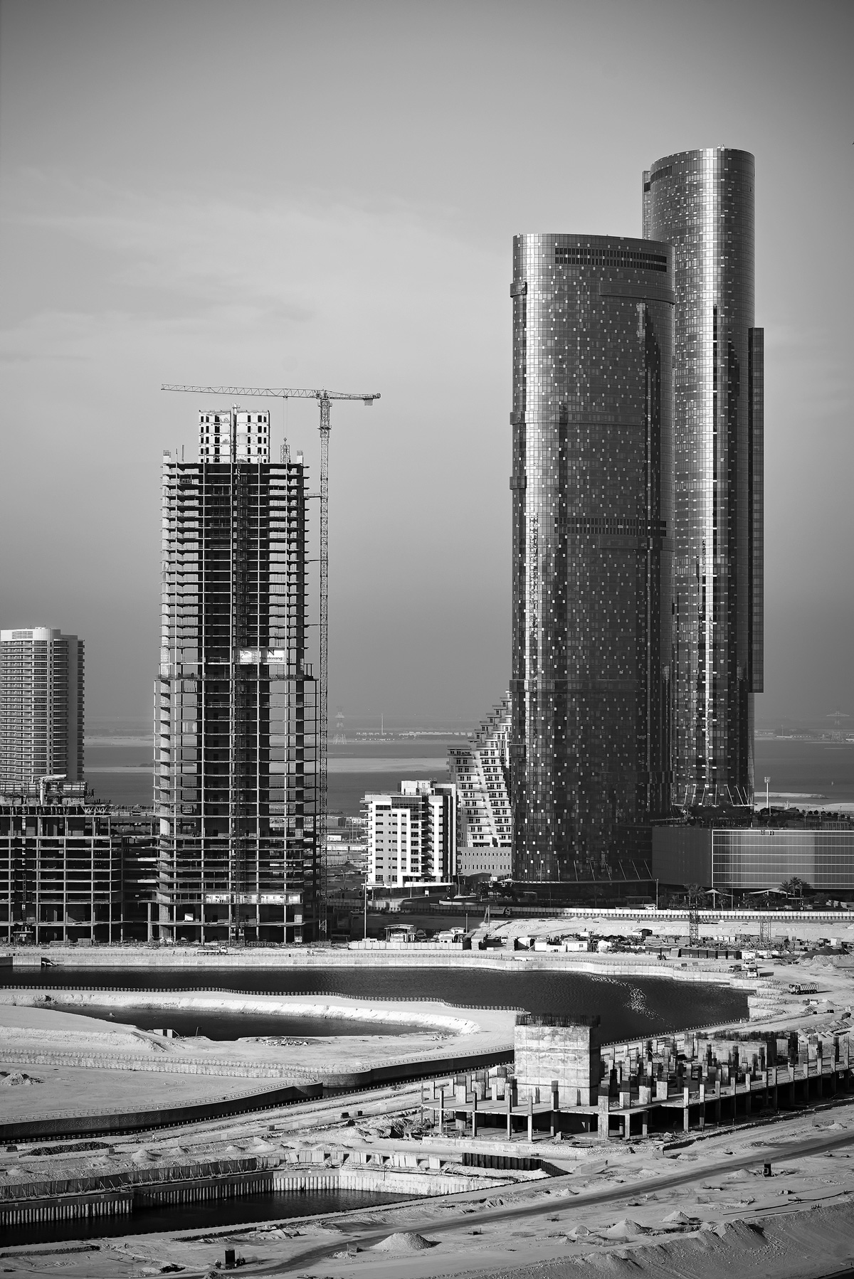 Abu Dhabi growing...