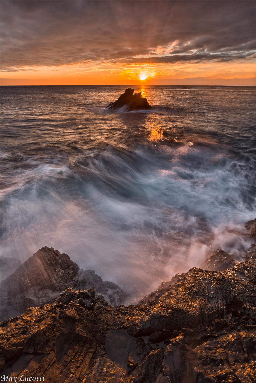 Il solito tramonto sul mare...