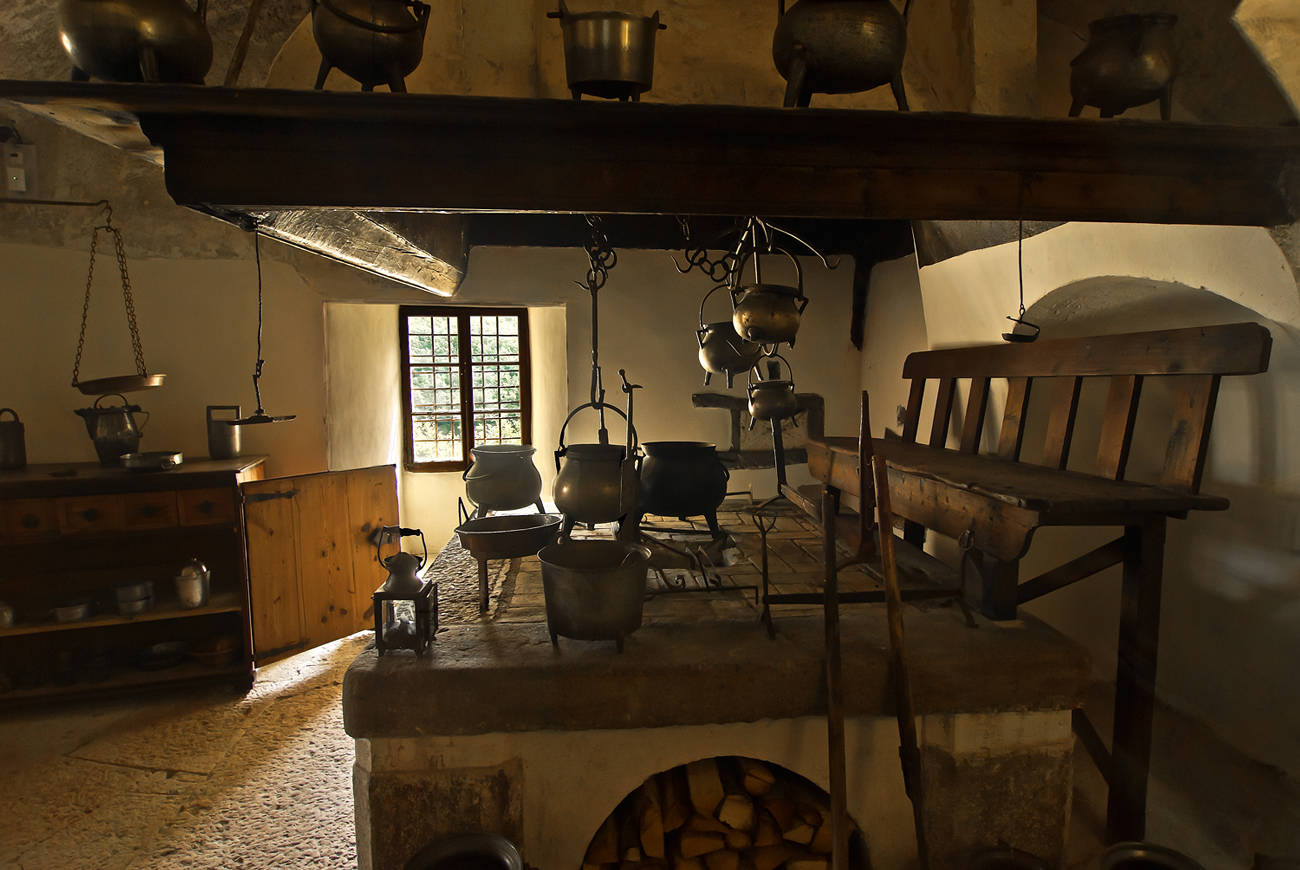 La vecchia cucina | JuzaPhoto