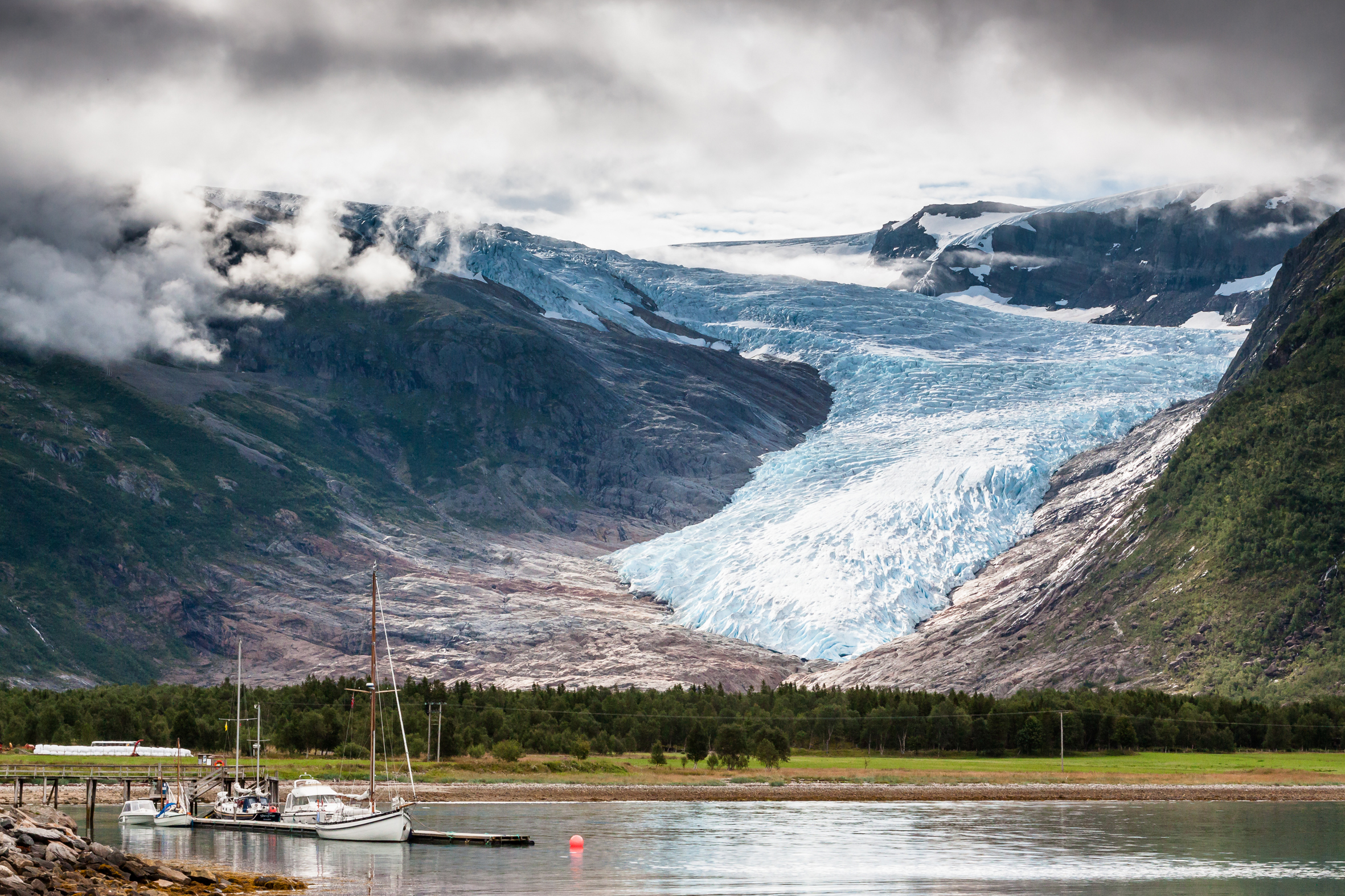 Lofoten - Glacier Svartisen...
