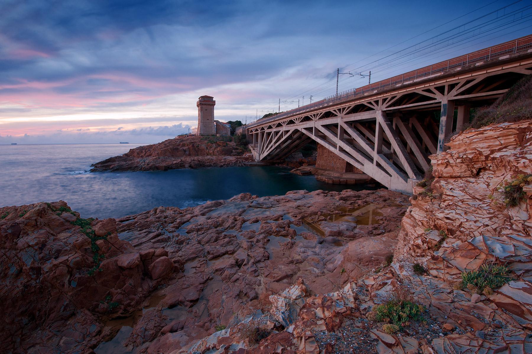 Torre e Ponte di Calafuria...