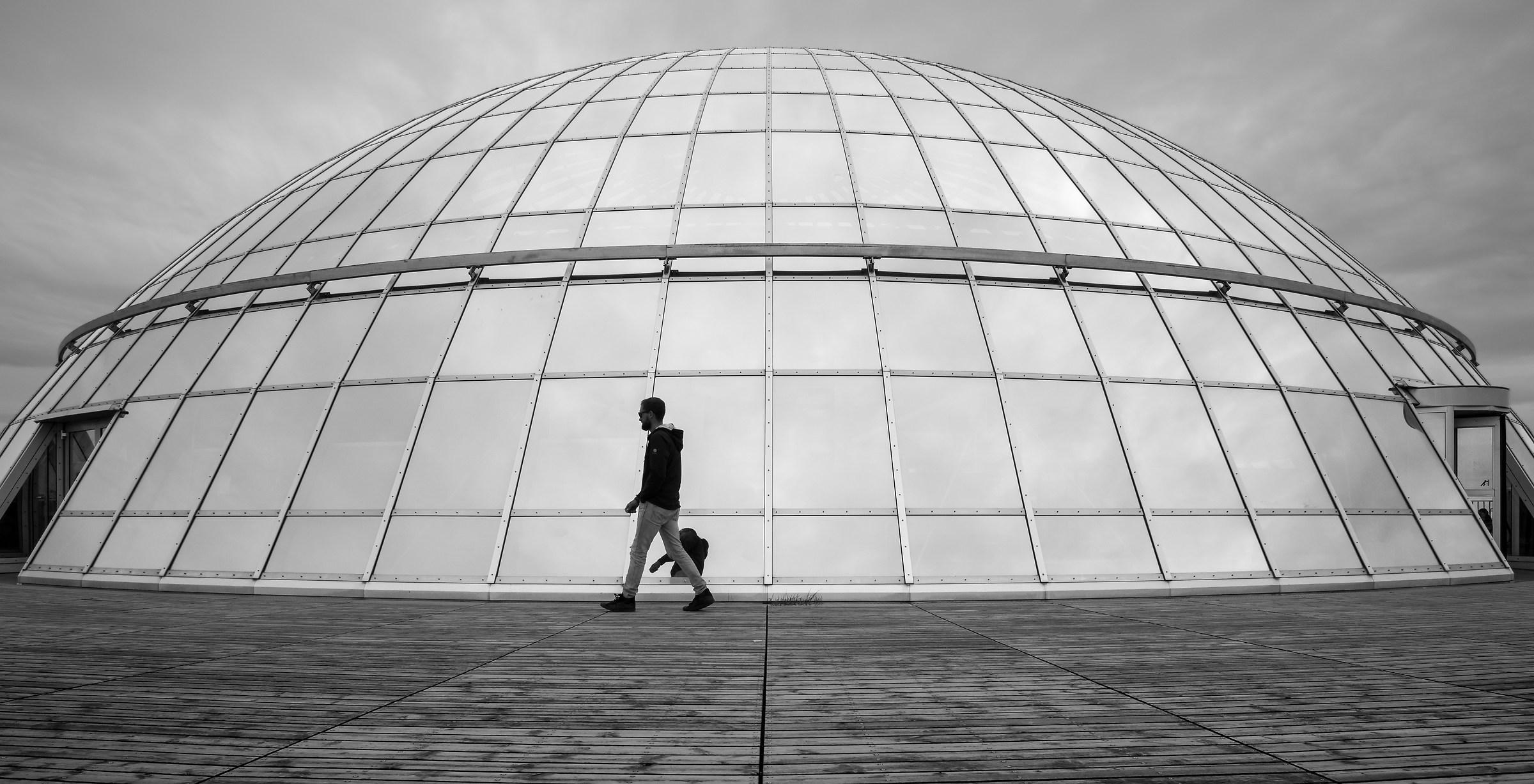 contemporary igloo...